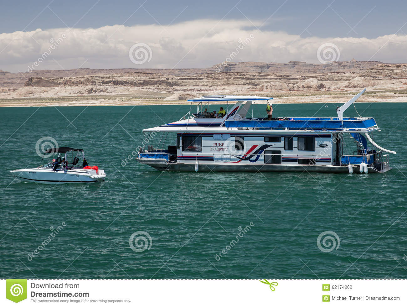 Houseboat On Lake Powell Editorial Photography Image Of