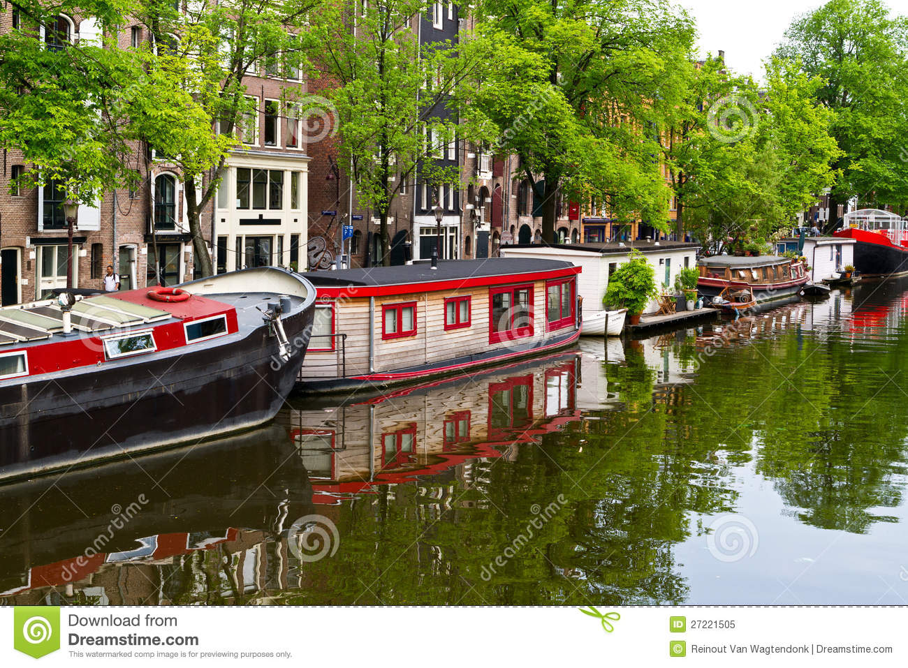 Houseboats On Amsterdam Canal Editorial Image - Image ...