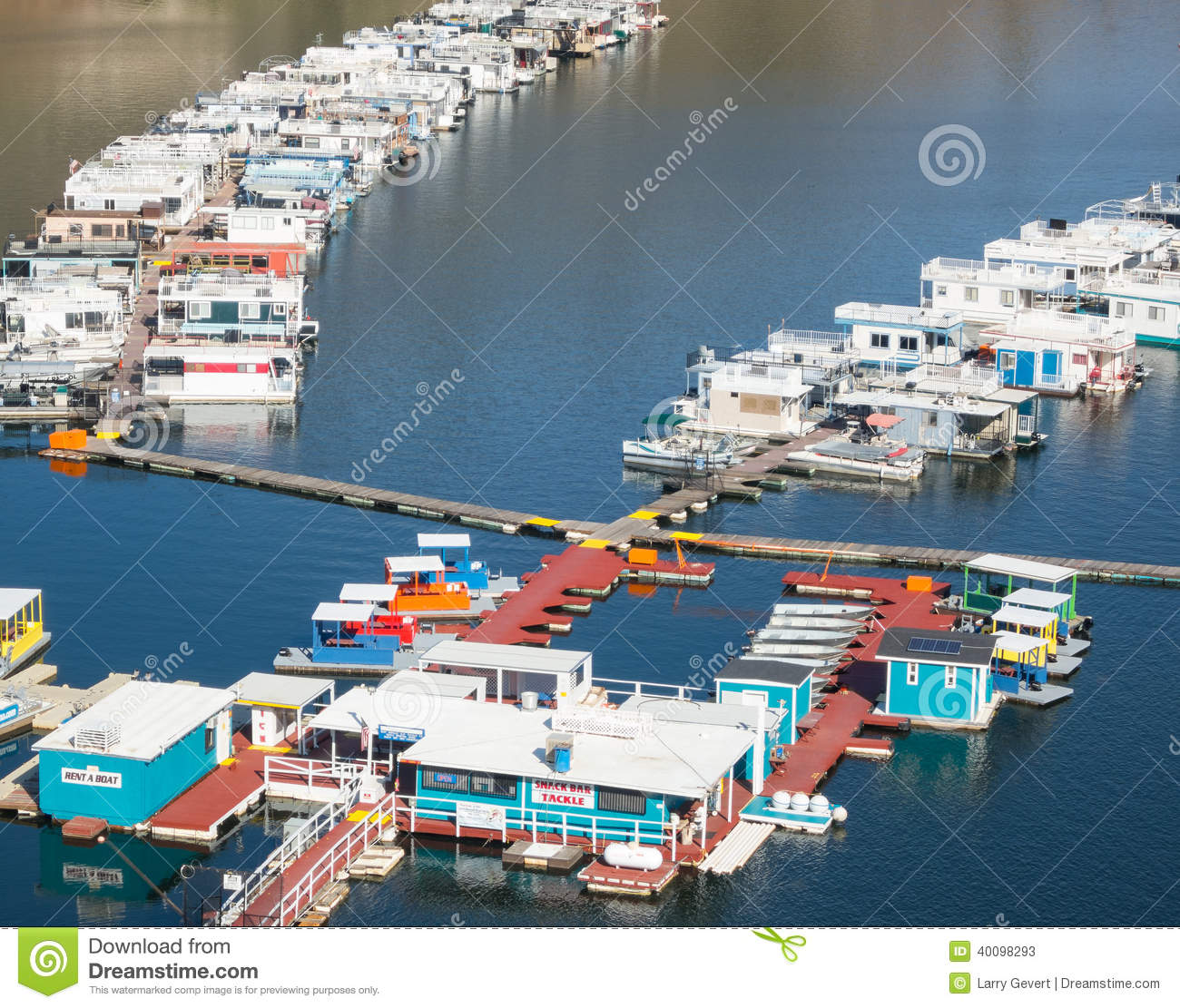 Houseboats lake kaweah in california stock photo image for Lake kaweah fishing