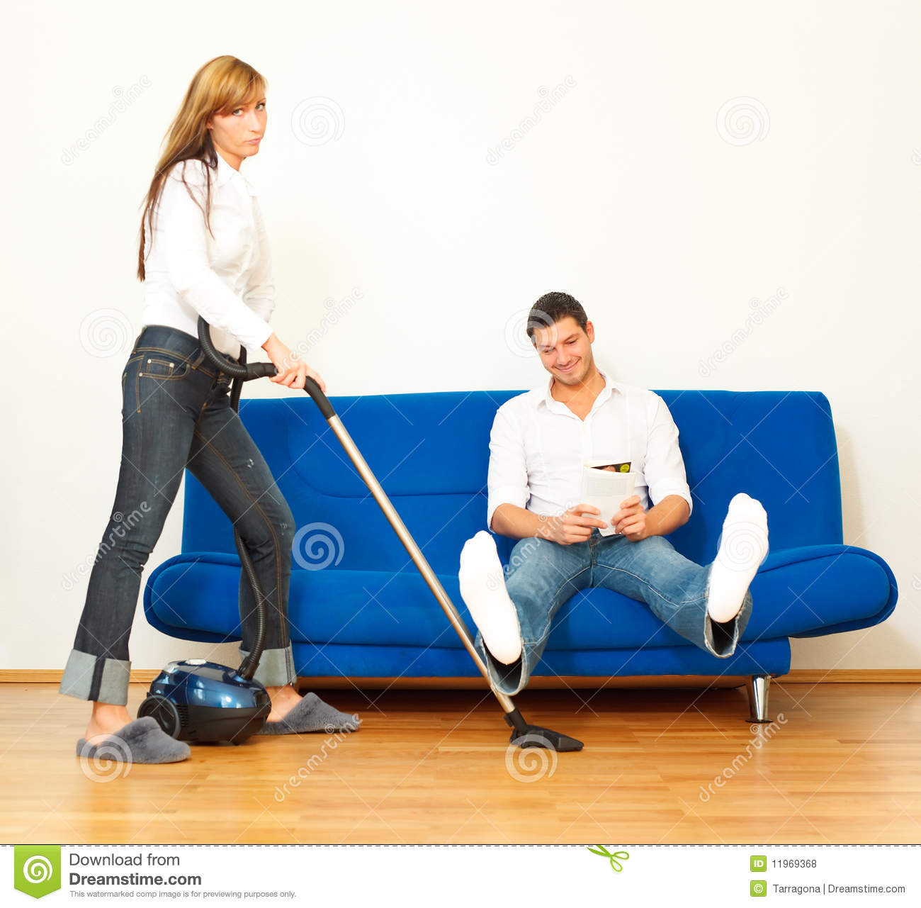 Housekeeping couple royalty free stock photos image for Planning faccende domestiche