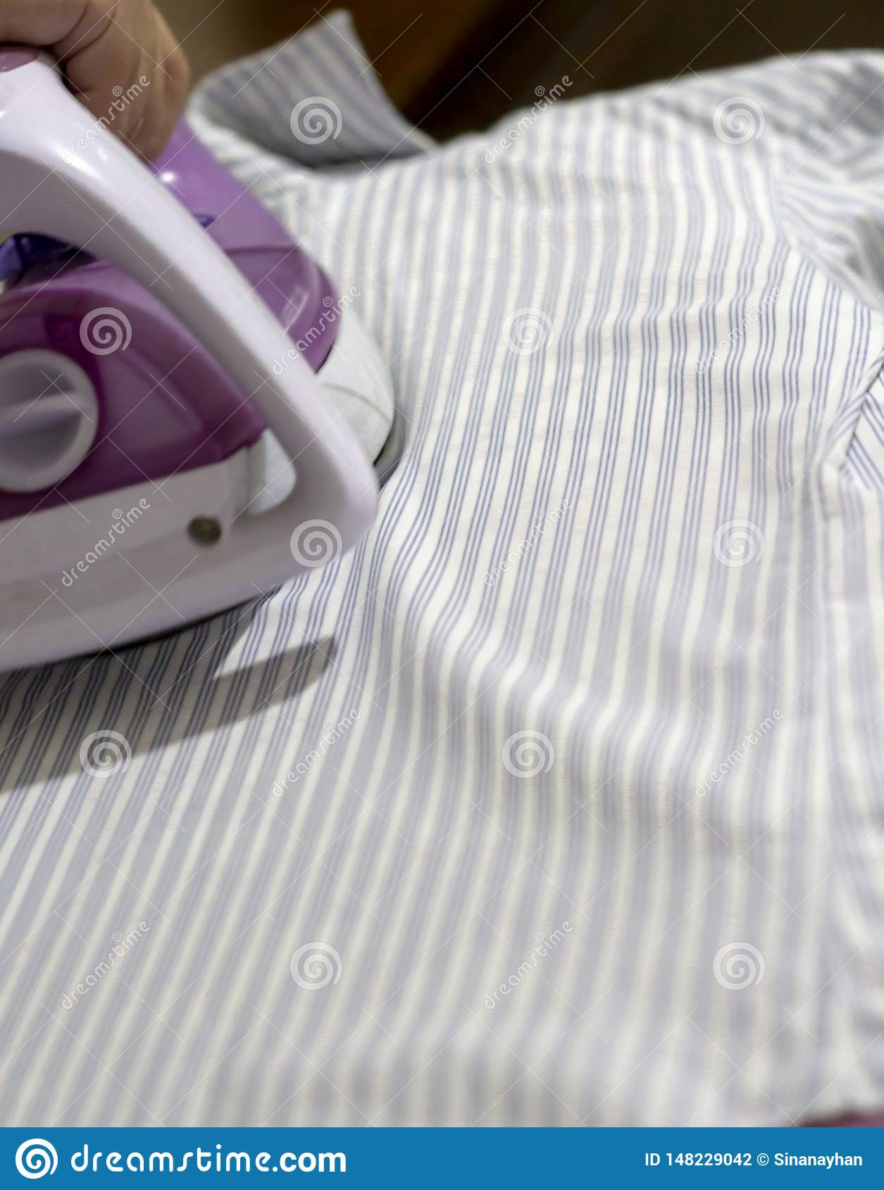 Ironing provides chic clothes for casual and formal life.