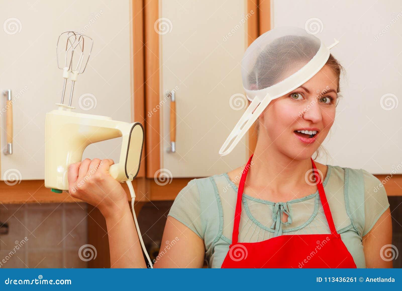 fun Housewife having