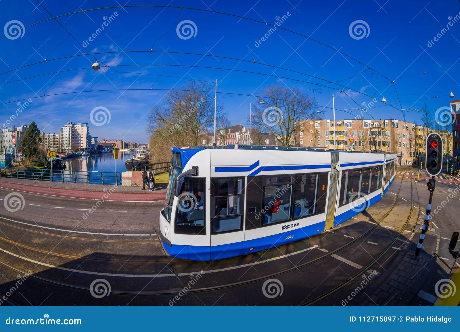 HOUSTON, ETATS-UNIS 10 MARS 2018 : La vue extérieure du tram d Amsterdam est un réseau de tram qu elle a été actionnée par le pub