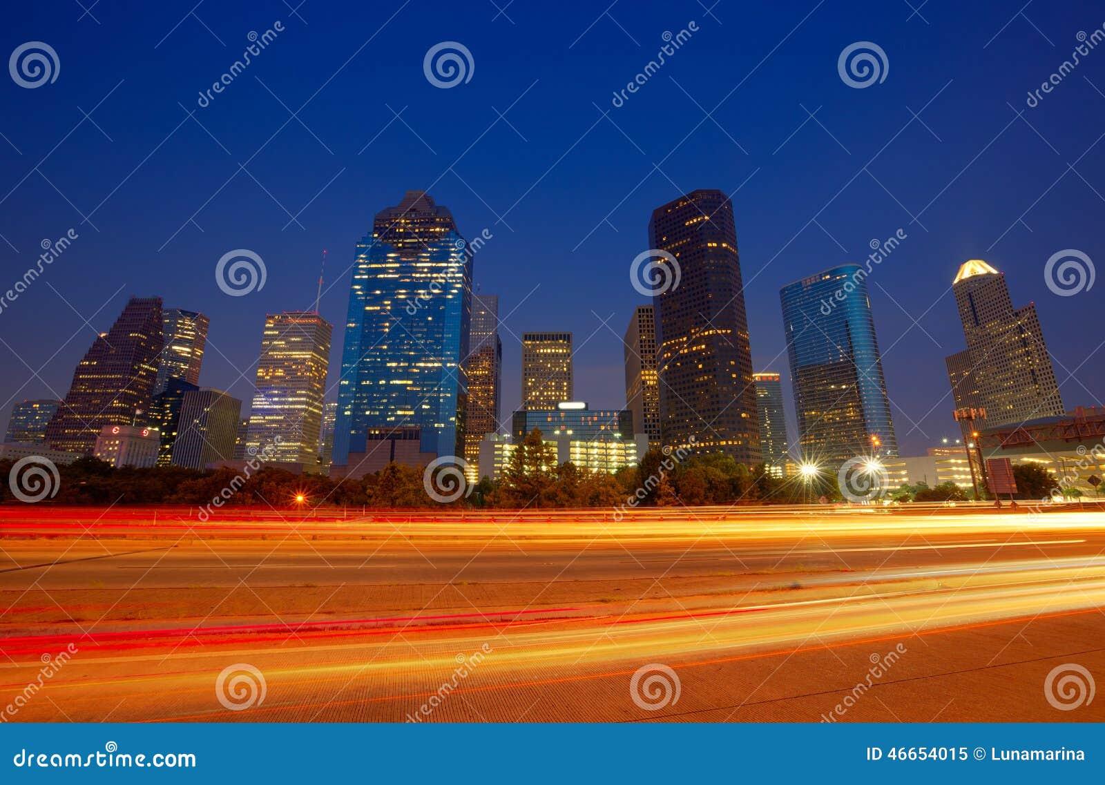 Houston i stadens centrum horisont på solnedgångskymning Texas