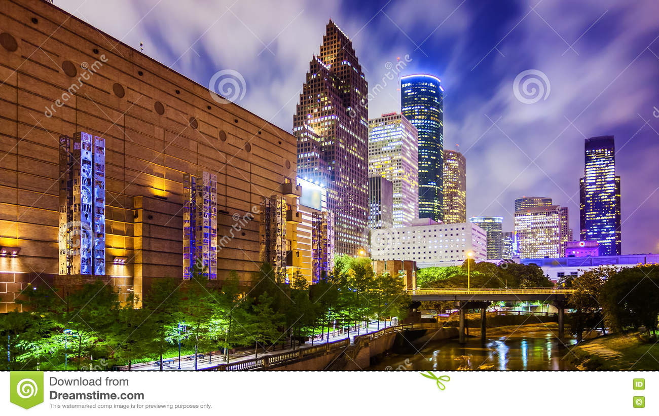 houston texas downtown skyline at night stock image image of urban skyscrapers 73608797. Black Bedroom Furniture Sets. Home Design Ideas