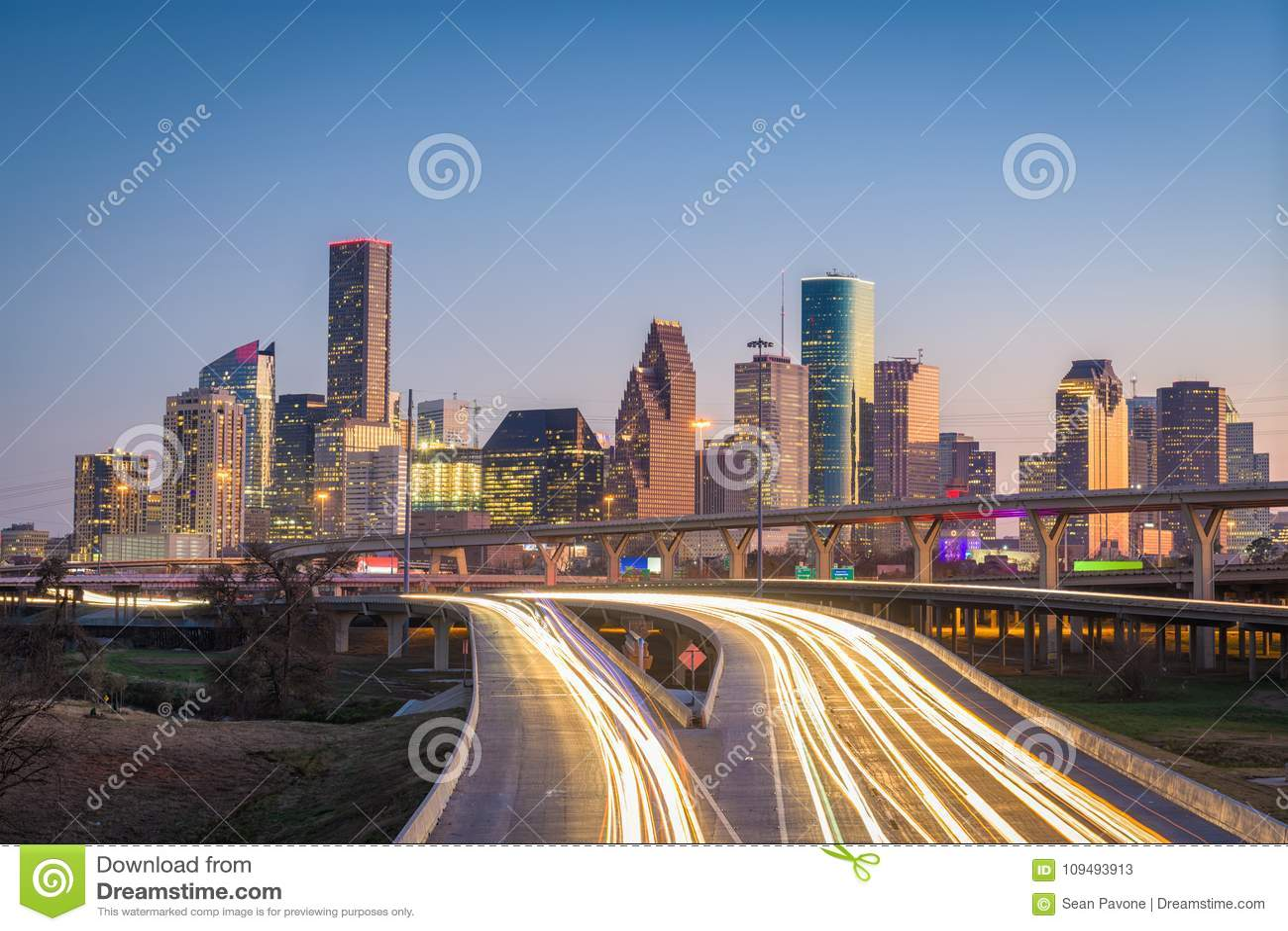 Houston, Texas, skyline dos EUA e estrada