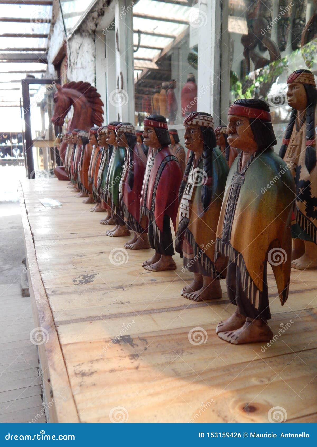Houten Ambacht van Mapuche-Mensen in Pueblito DE Los Dominicos, Metropolitaans Gebied van Santiago
