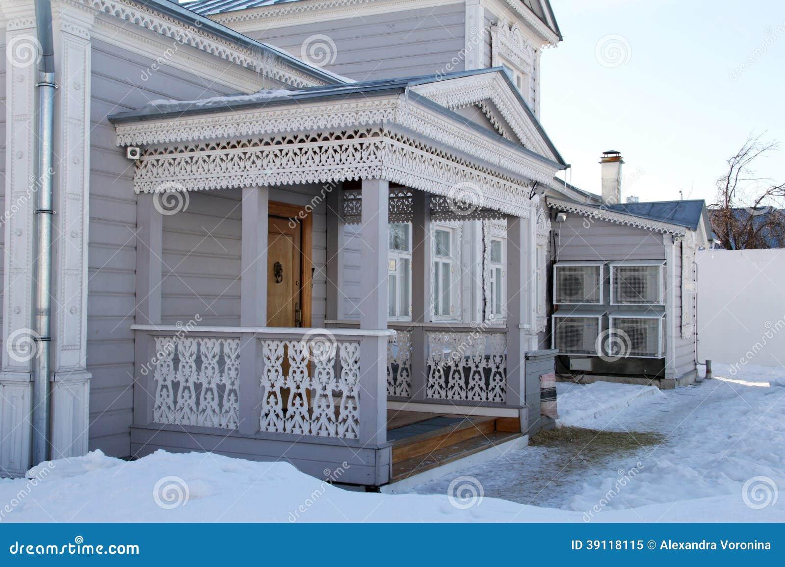 Houten gesneden architectuur