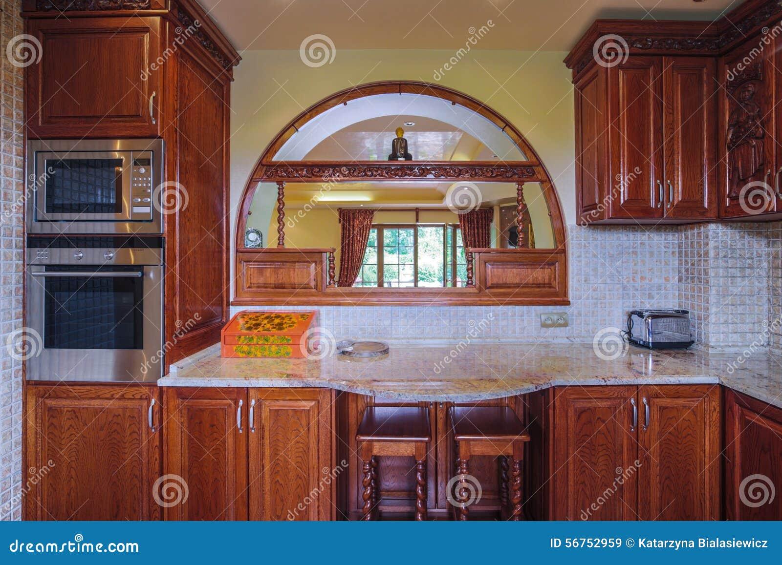Houten kasten in de keuken stock foto   afbeelding: 56752959