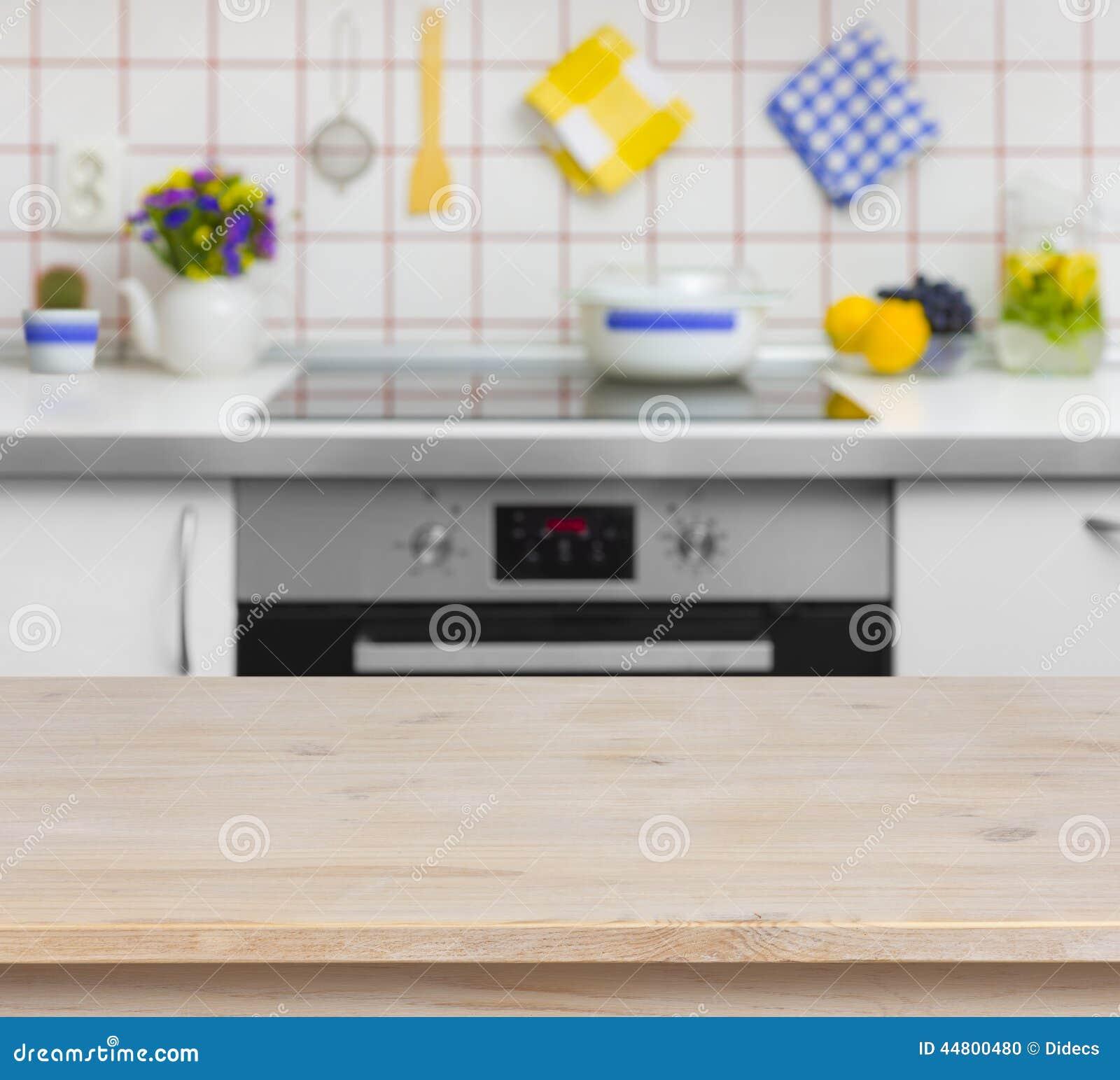 Houten lijst aangaande vage achtergrond van keukenbank stock foto afbeelding 44800480 - Meubilair outdoor houten keuken ...