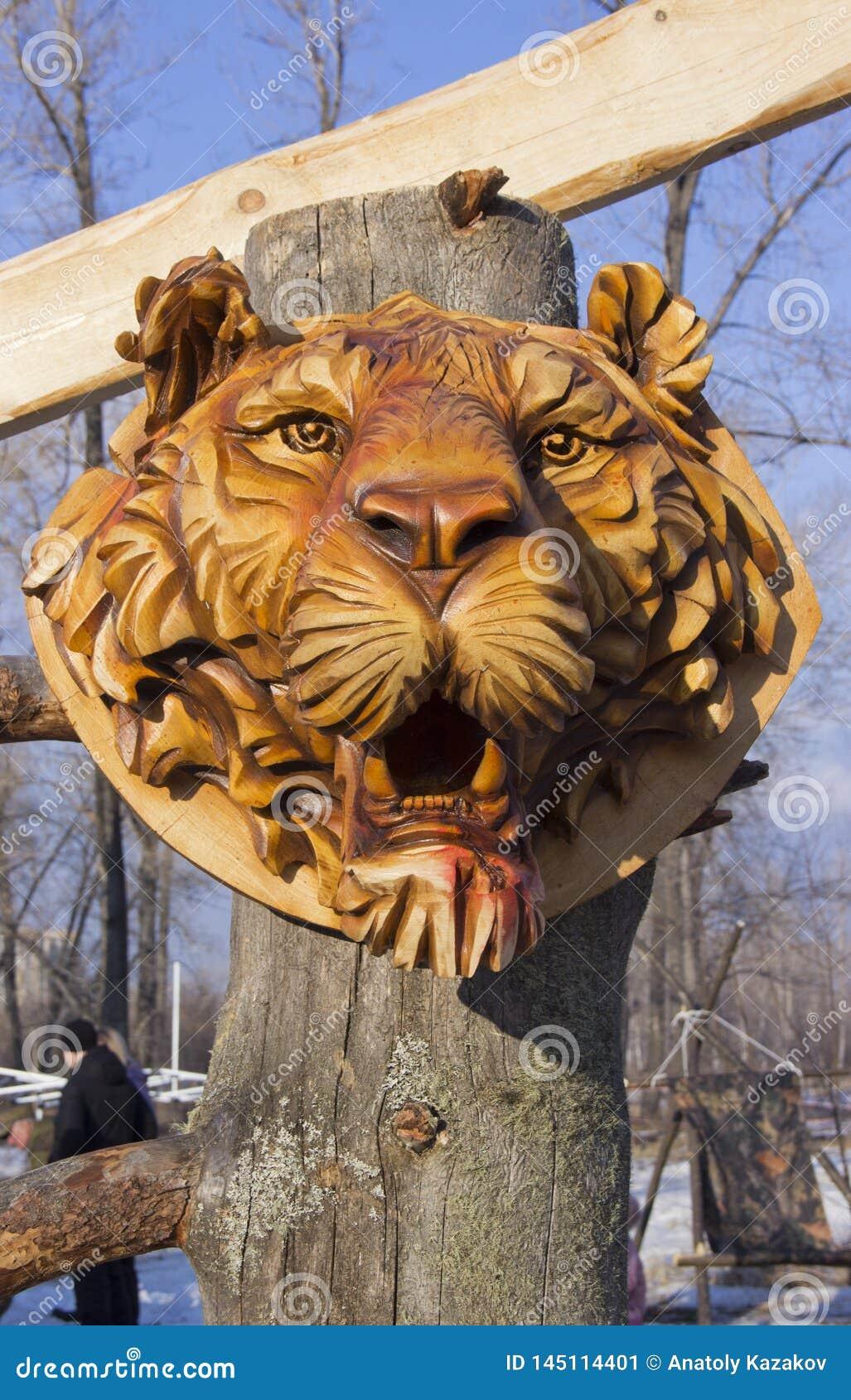 Houten masker van een tijger