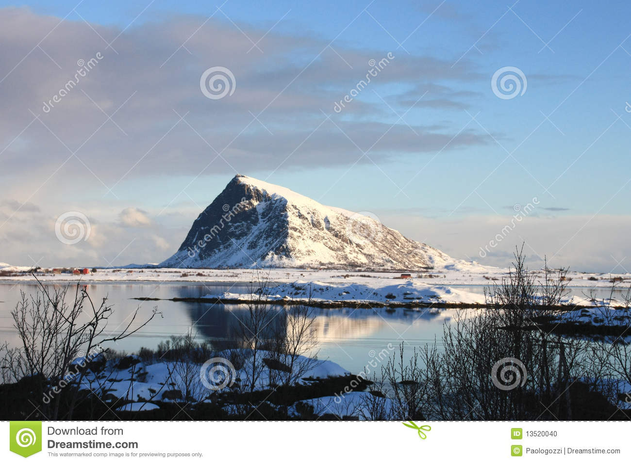 Hov, the Viking s holy mountain