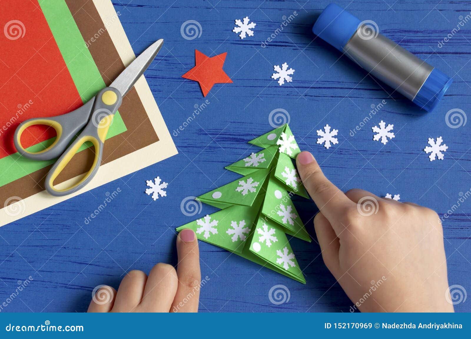 How To Make Christmas Card With Christmas Tree Step 9 Stock Image Image Of Creative Christmas 152170969