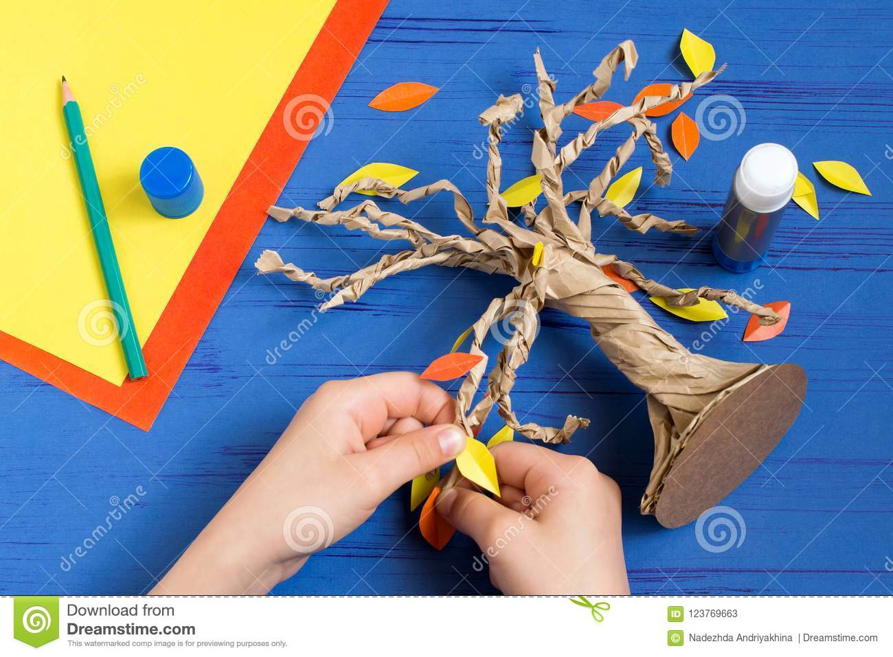 How To Make Together With Child Autumn Tree Step 9 Stock Image