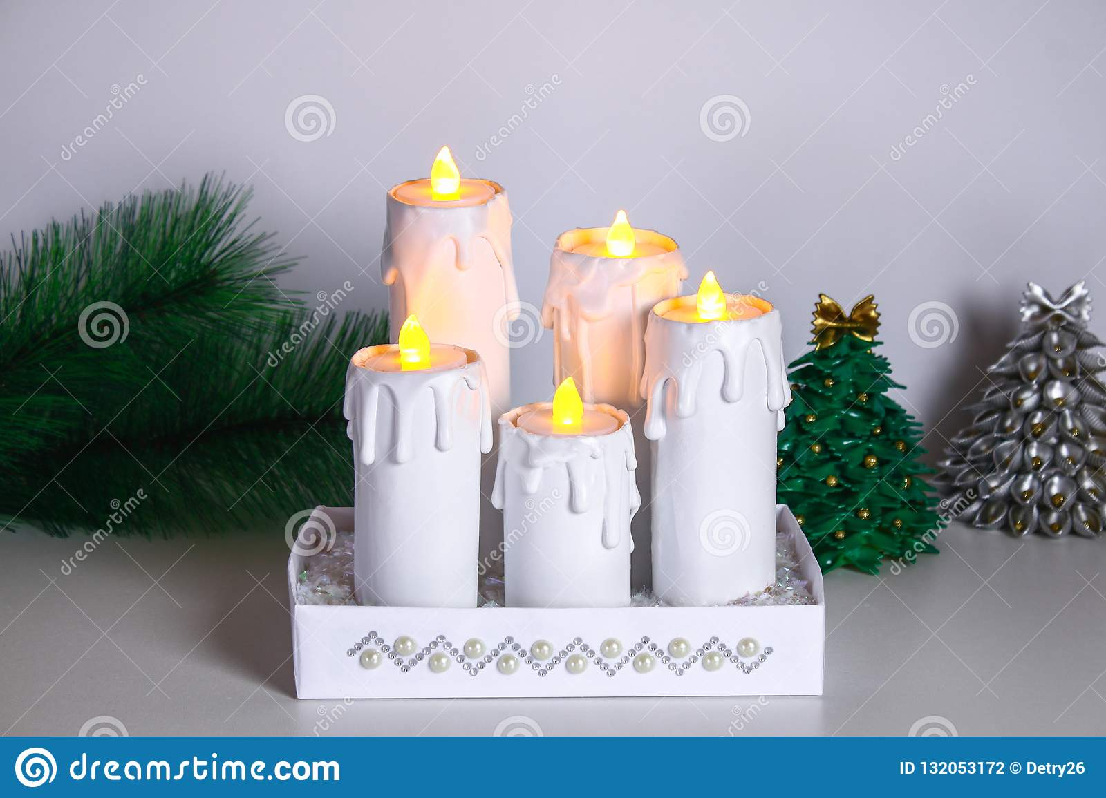 Como Hacer Christmas Con Fotos.How To Make White Christmas Candles Plugs Toilet Paper Rolls