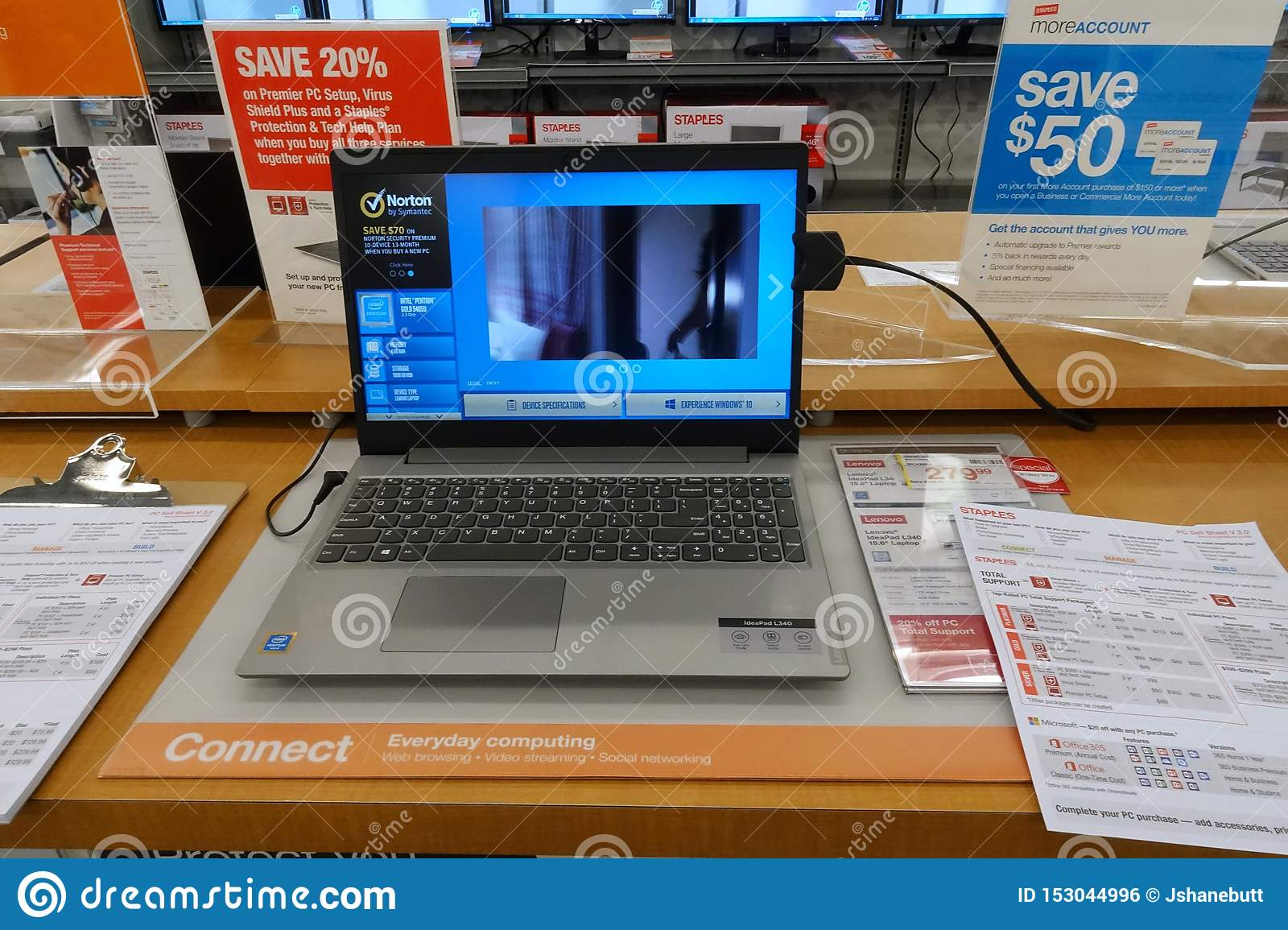 Hp Laptop On A Table At A Retail Store Editorial Photo Image Of Monitor Desktop 153044996