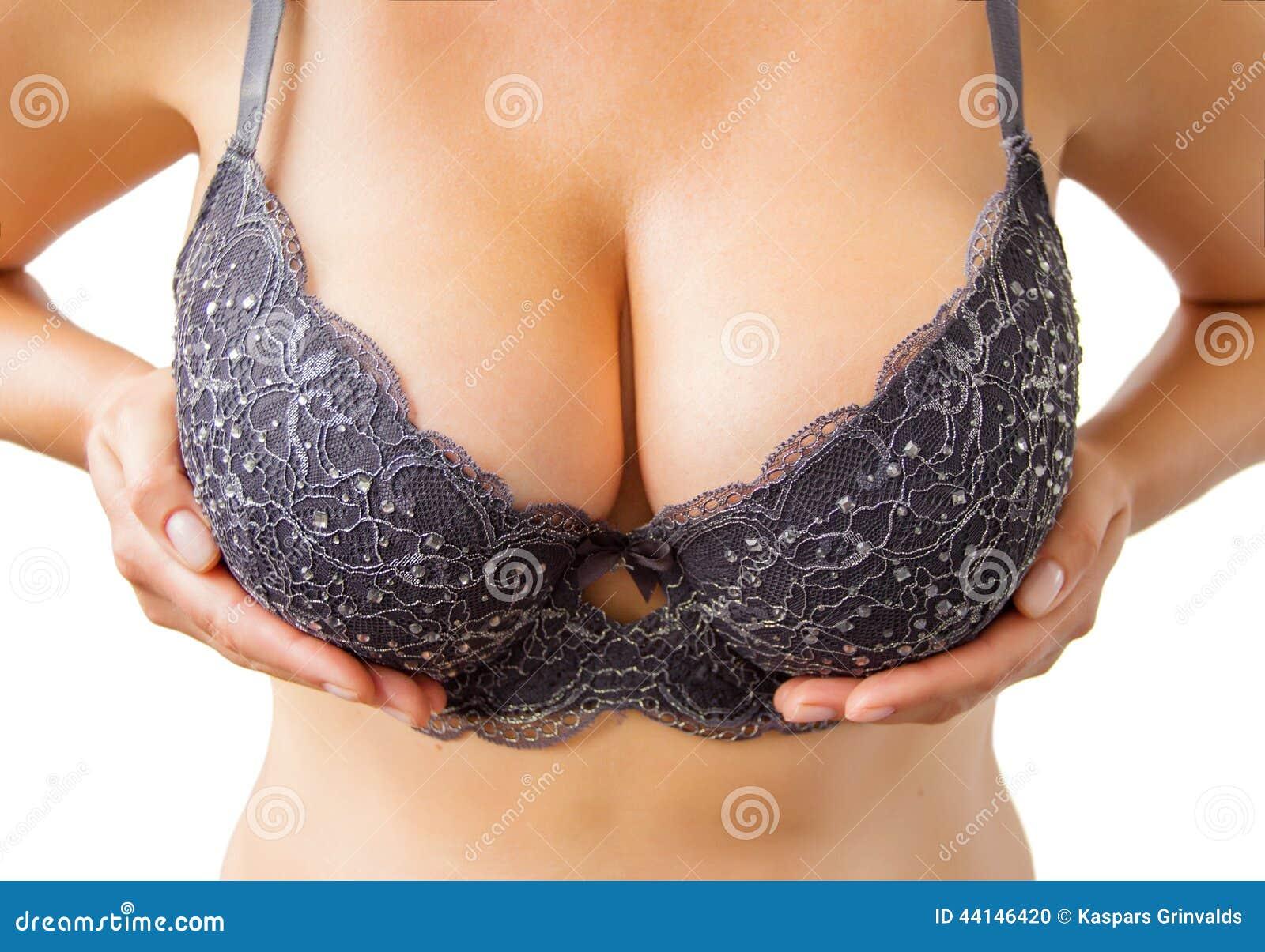 stor svart stort bröst