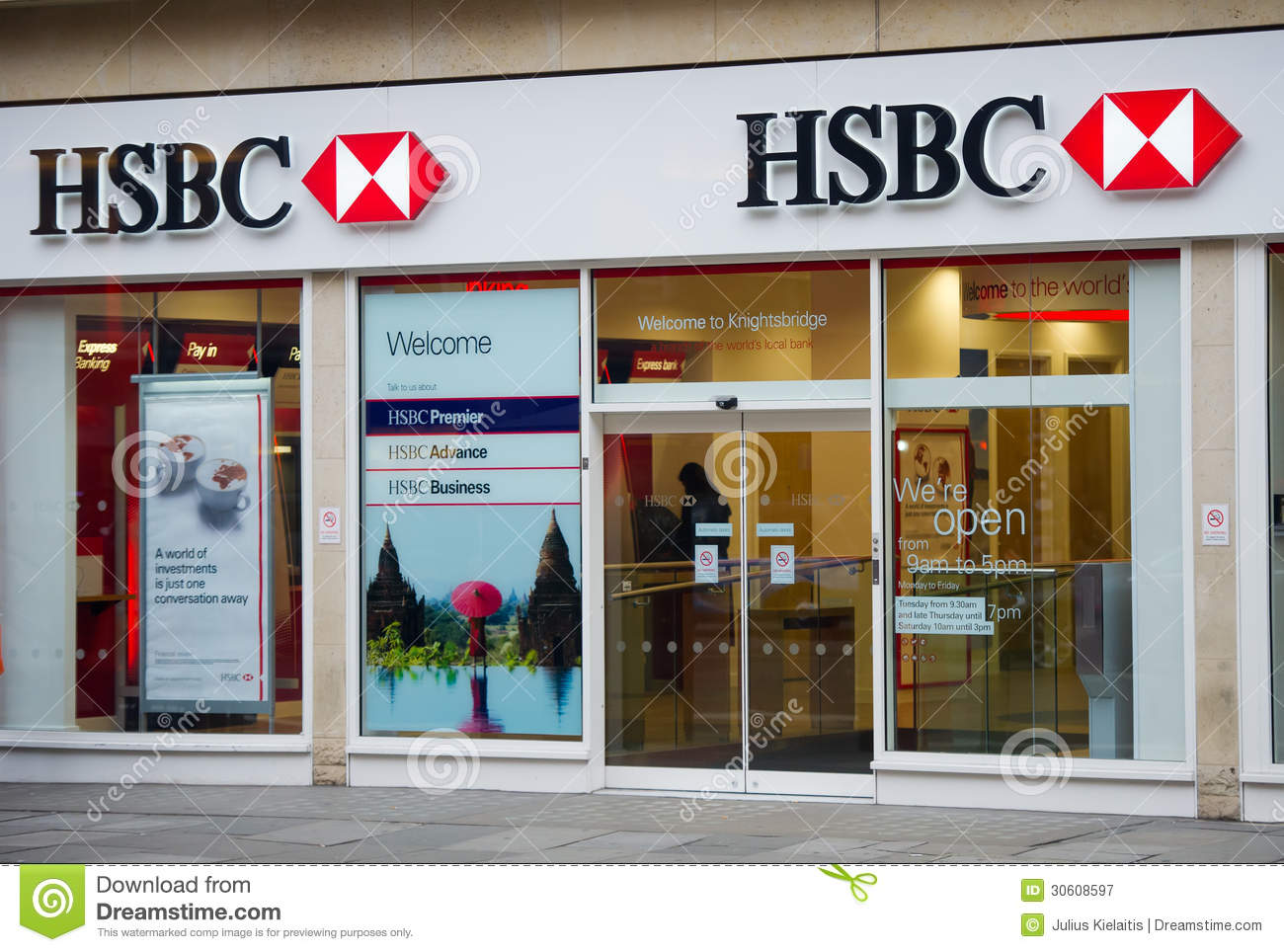Hsbc bank branch in london editorial photography image for Banco santander abierto sabado madrid