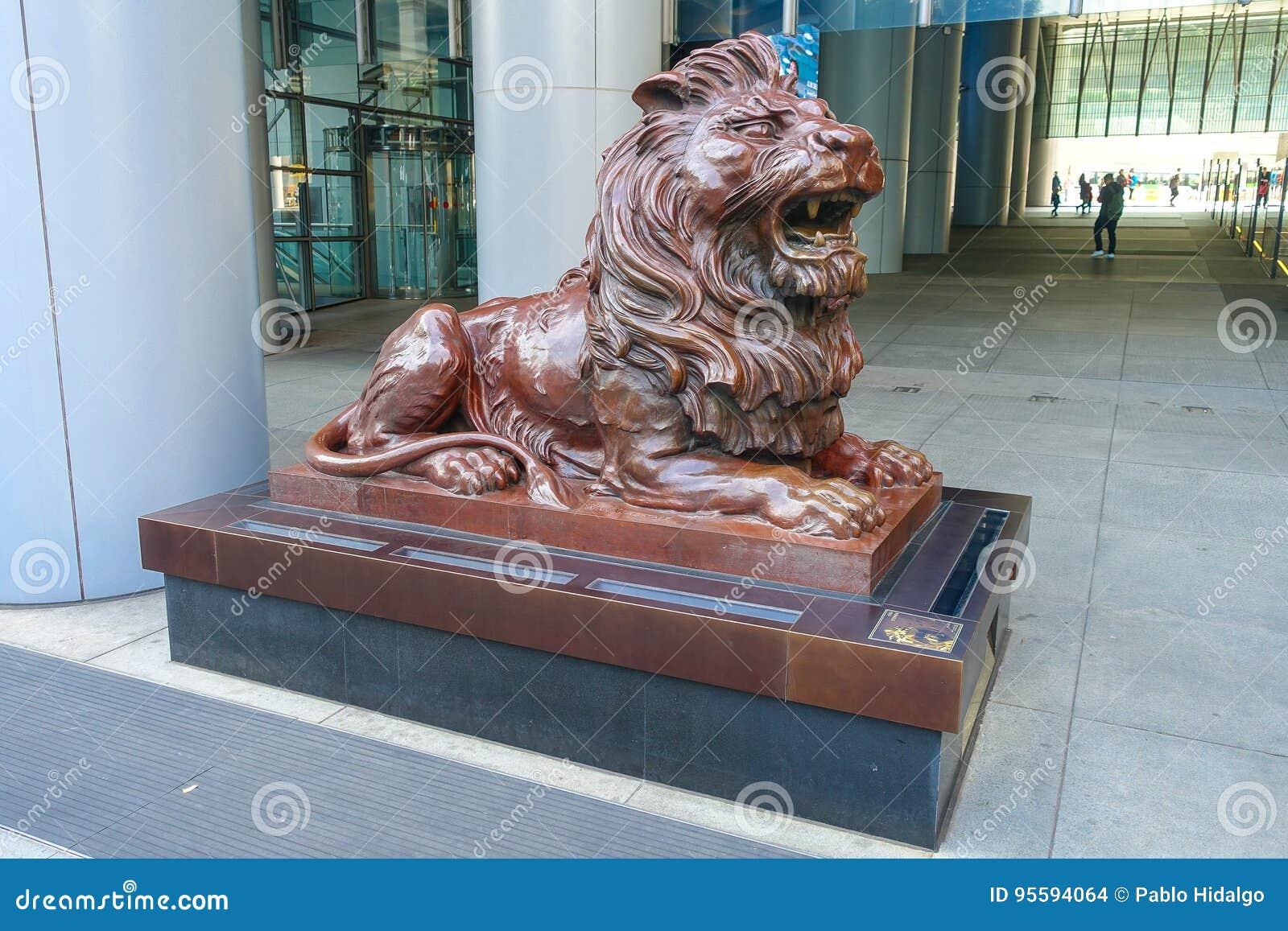 HSBC lew blisko kwater głównych budować Hong Kong Bankowość Korporacja w centrali Szanghaj i HSBC mienie jest głównymi półdupkami