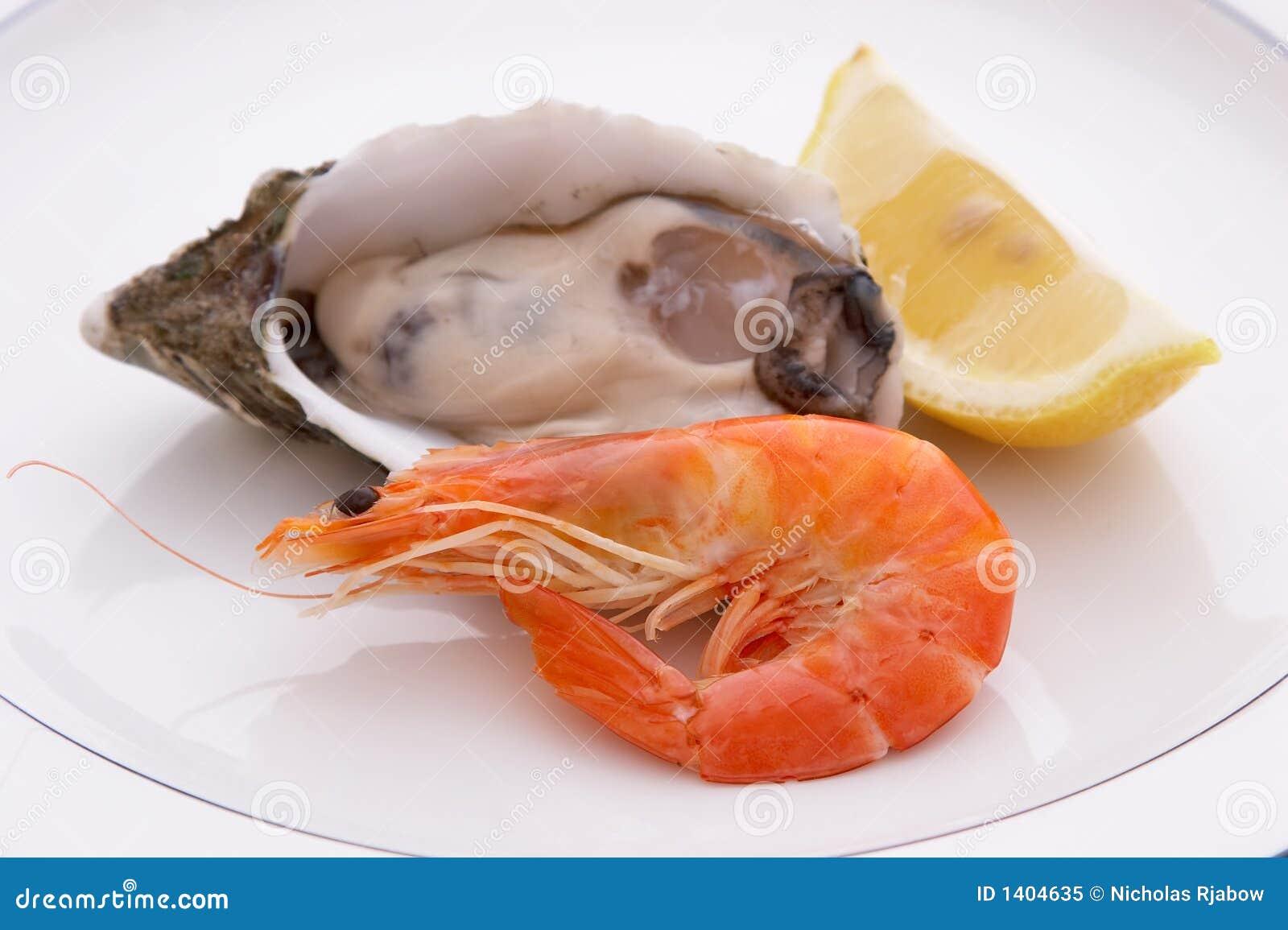 Huître et citron de crevette rose
