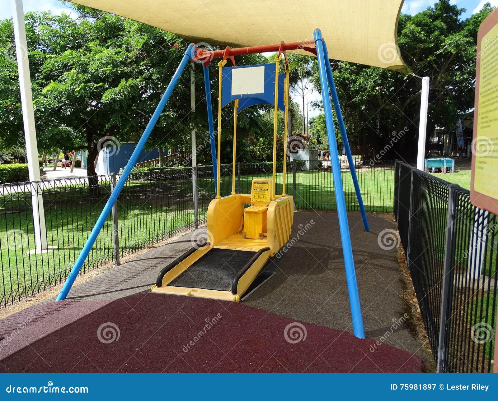 Topnotch Huśtawka Dla Niepełnosprawnych Ludzi Obraz Stock - Obraz złożonej RA67