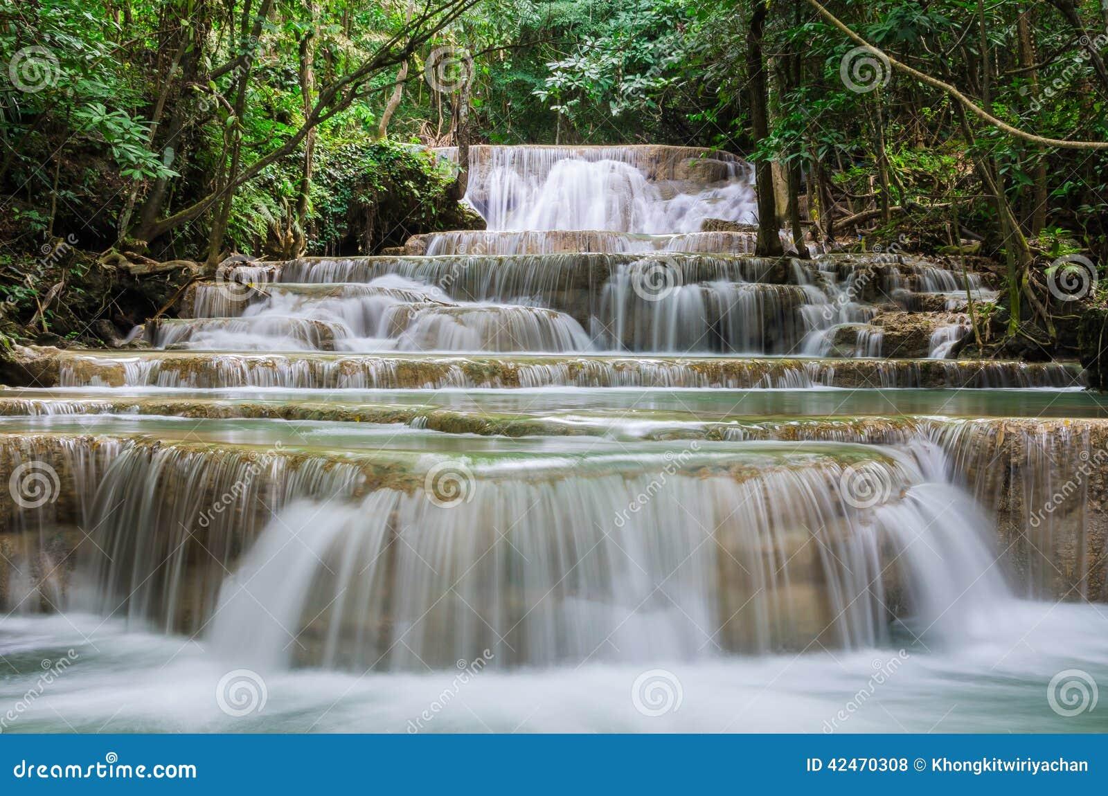 Huay-mae kamin schöner Wasserfall in Kanchanaburi, Thailand