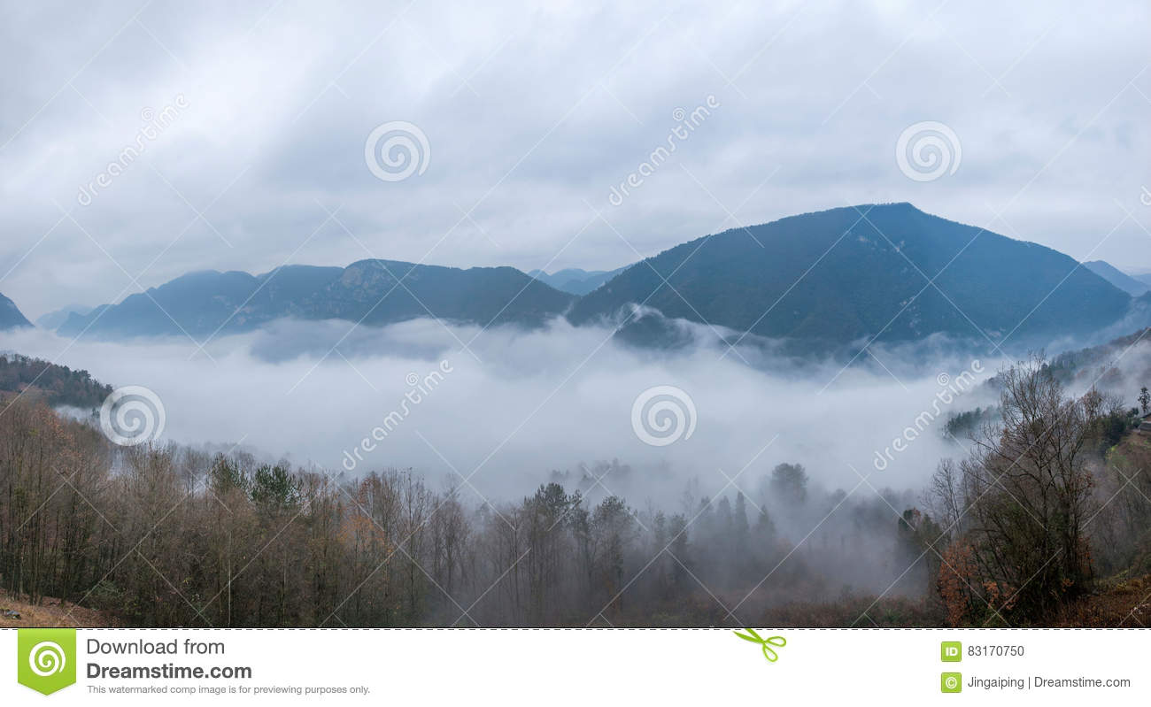 River Valley Auto >> Hubei Badong Dazhiping River Valley Sea Of Clouds Stock