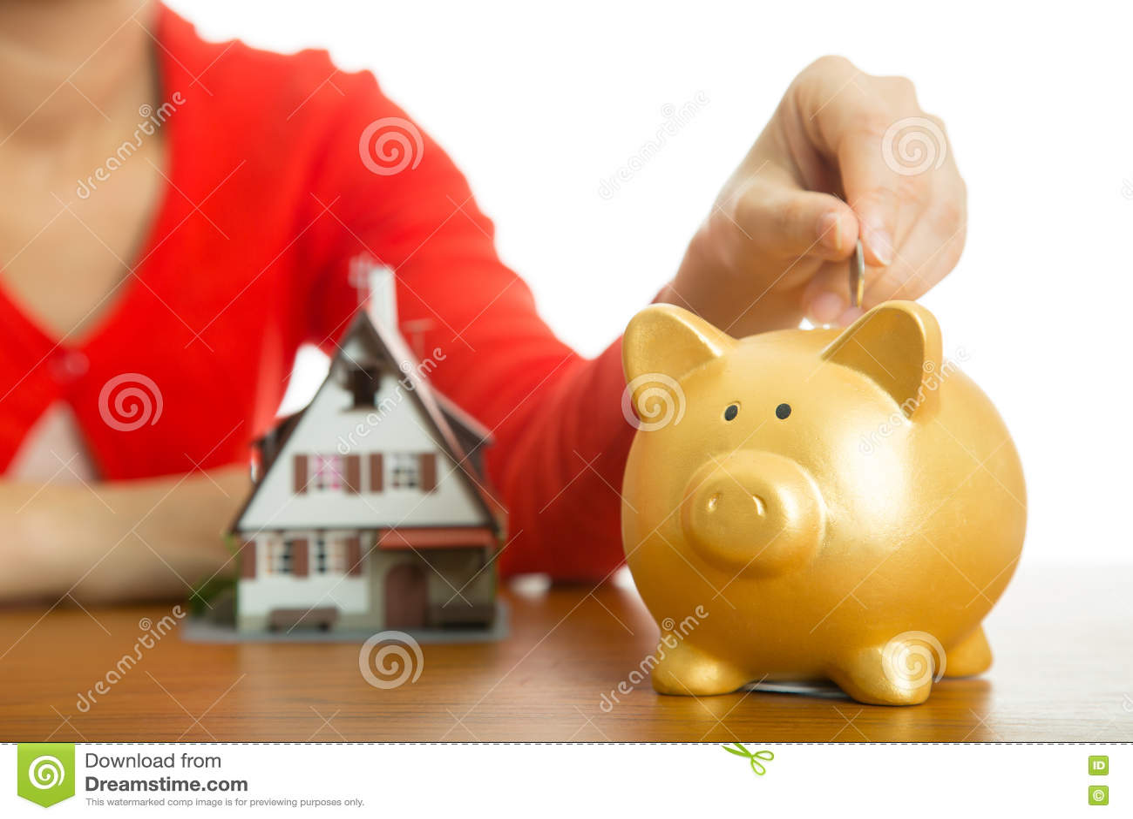 Hucha que aumenta sus finanzas que crecen para la casa del modelo de la compra