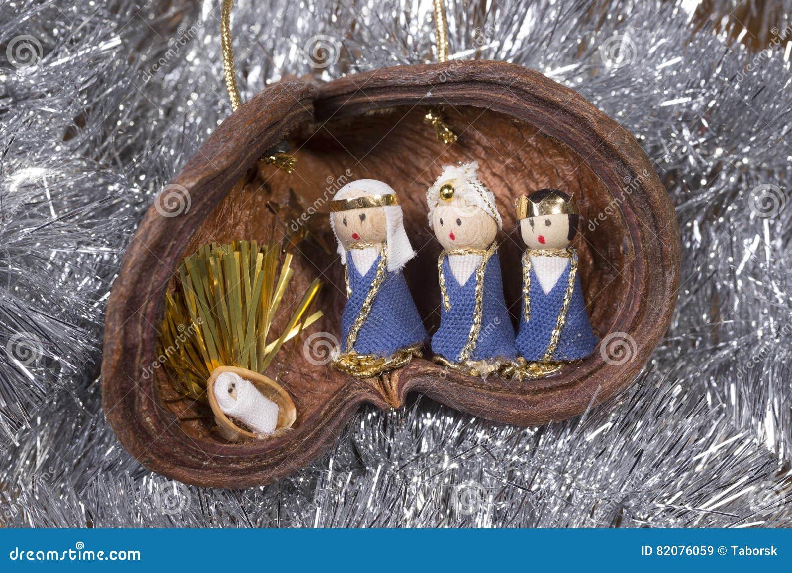 Huche de Noël, scène de nativité