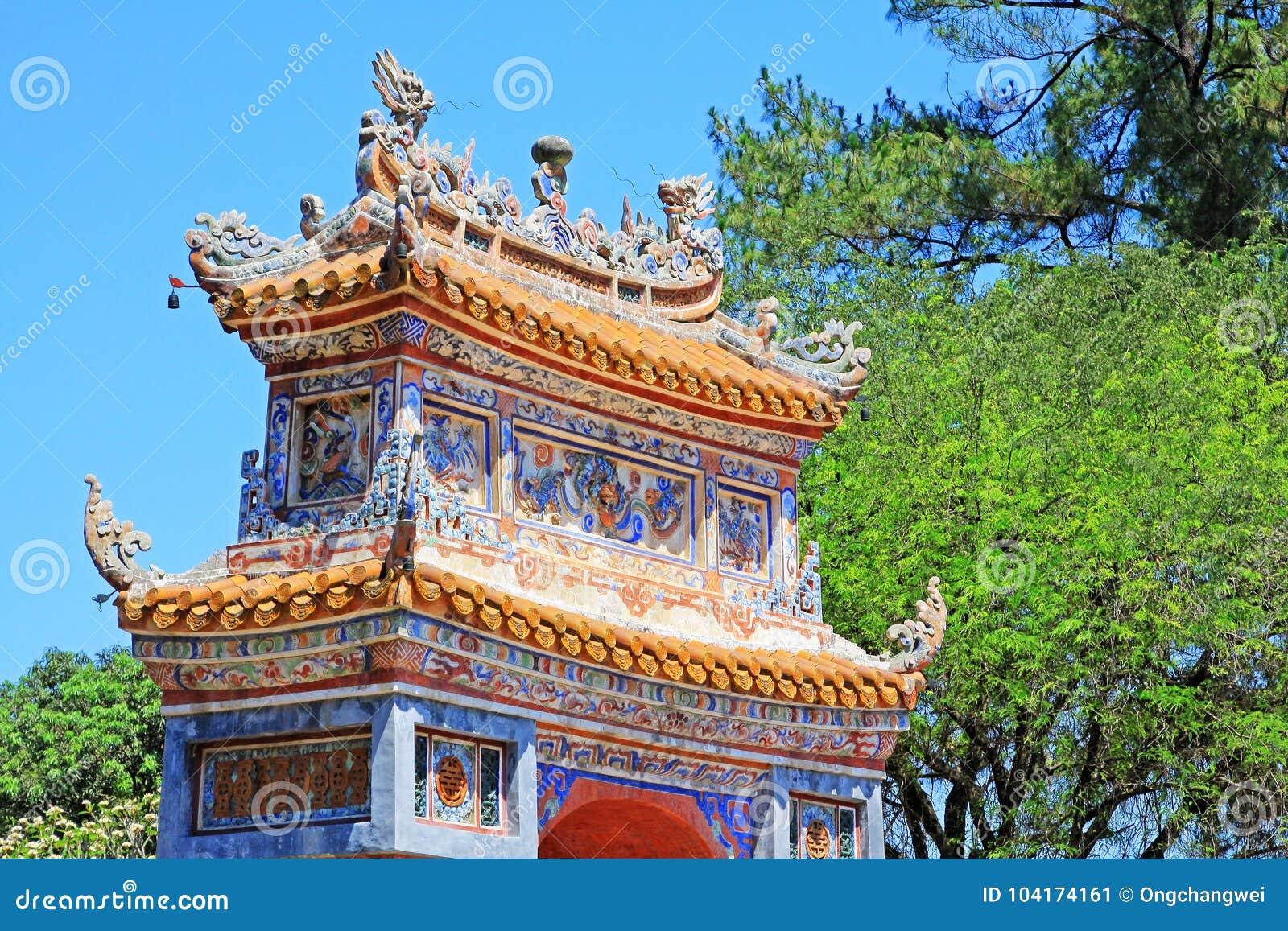 Hue Imperial Tomb da Turquia Duc, local do patrimônio mundial do UNESCO de Vietname
