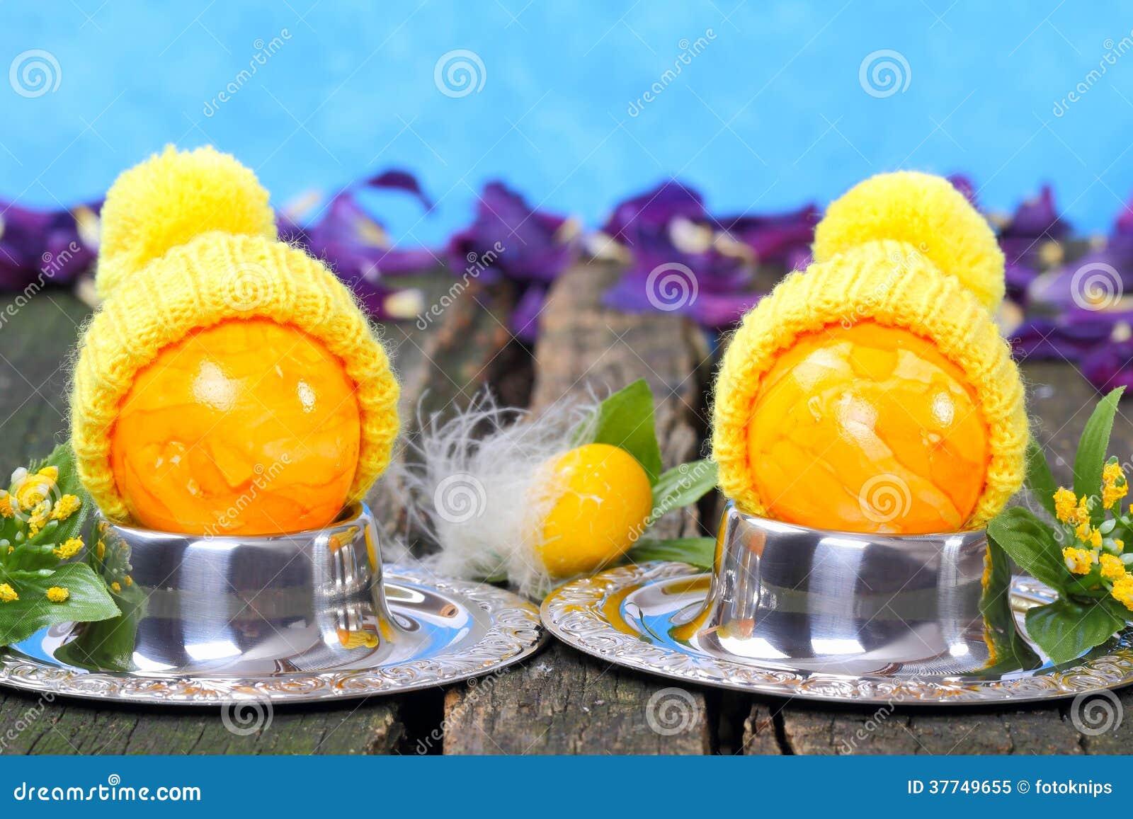 Huevo de pascua con el sombrero decoraci n divertida foto - Decoracion de sombreros ...