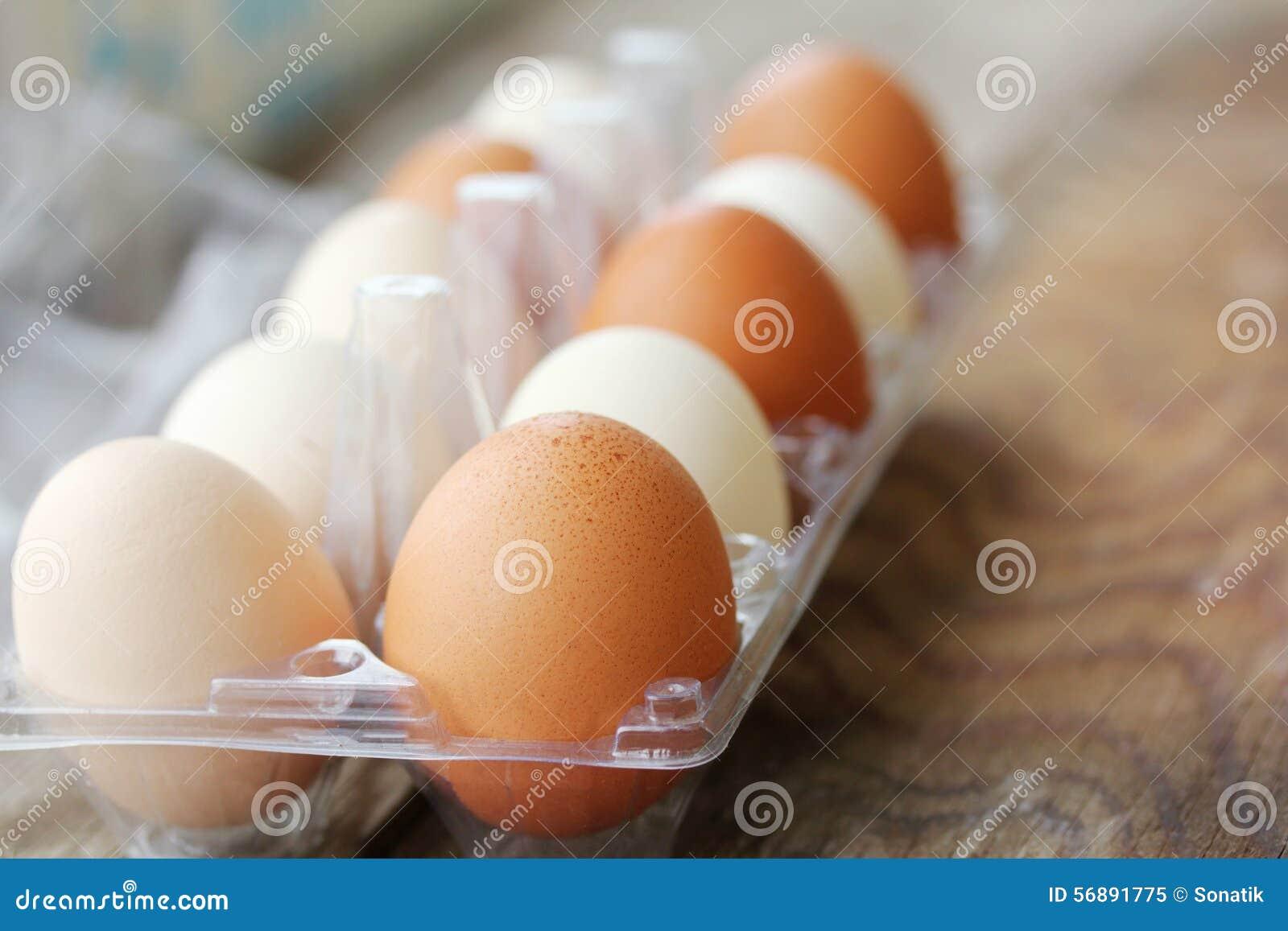 Huevos en el embalaje
