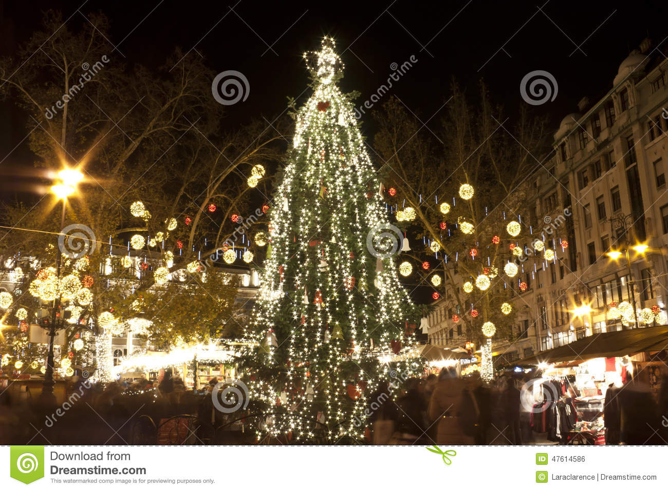 Huge christmas tree in Budapest
