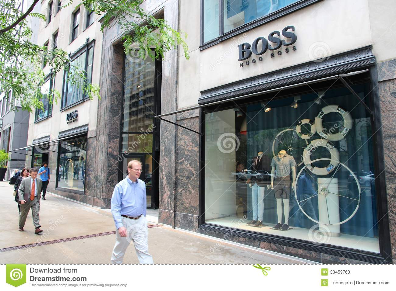 Clothing stores in downtown chicago