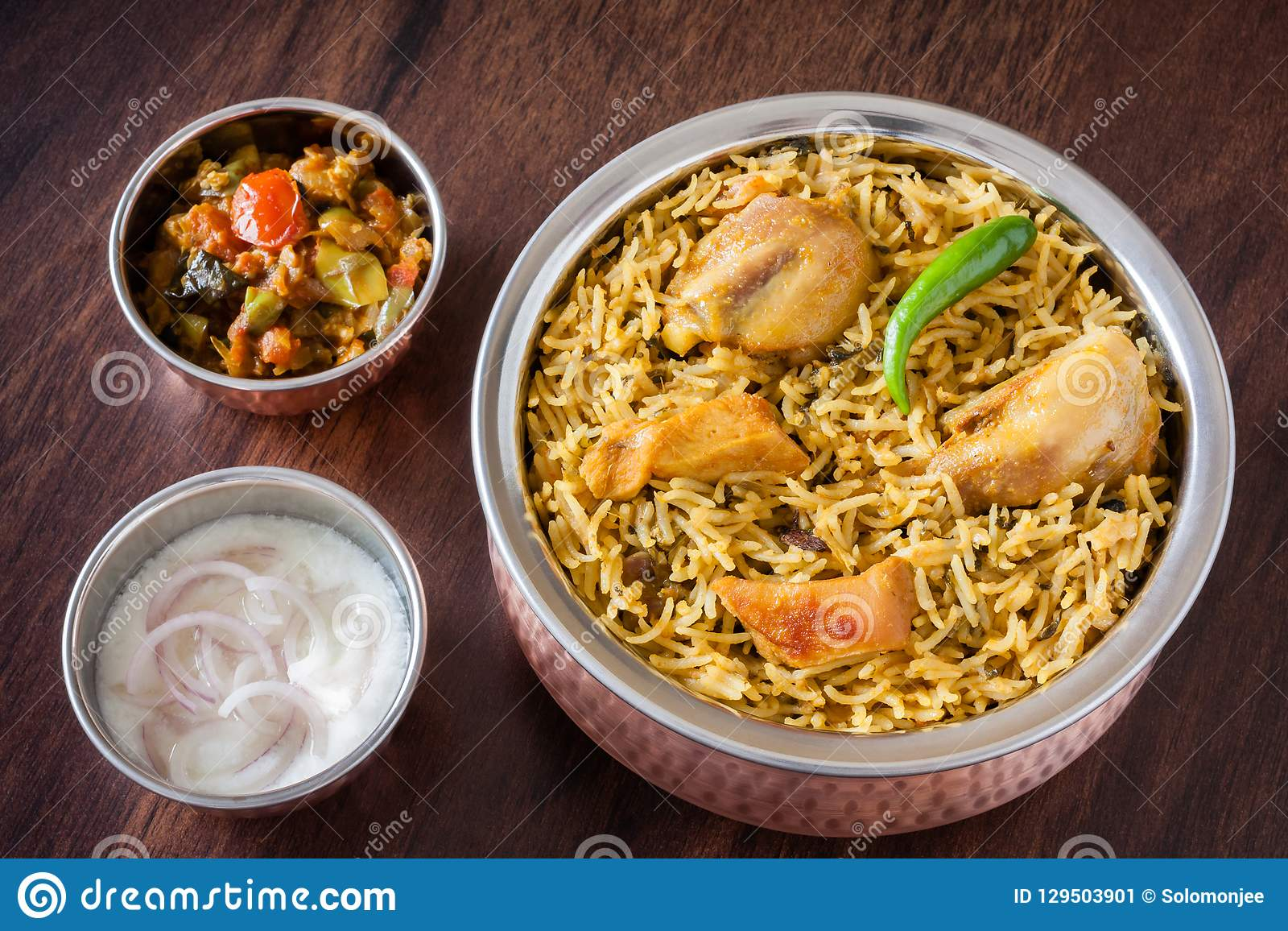 Huhn Biryani mit Salat