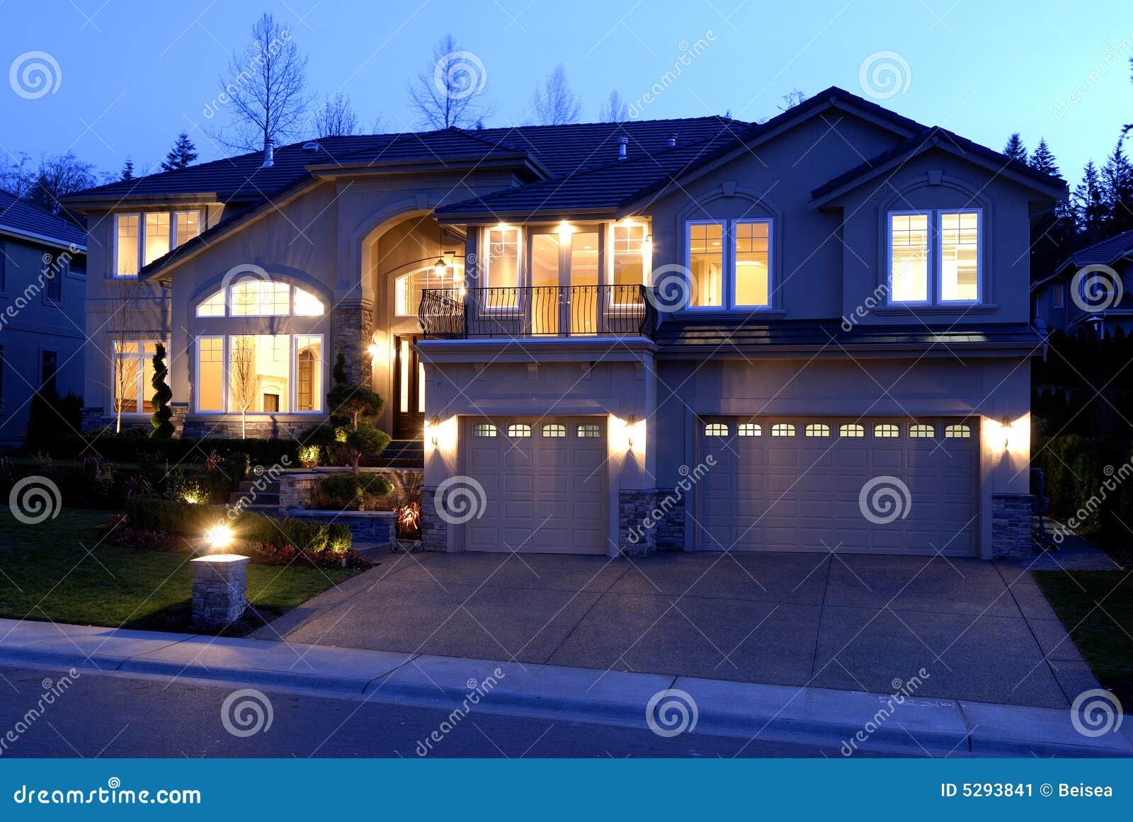 Huis bij Nacht