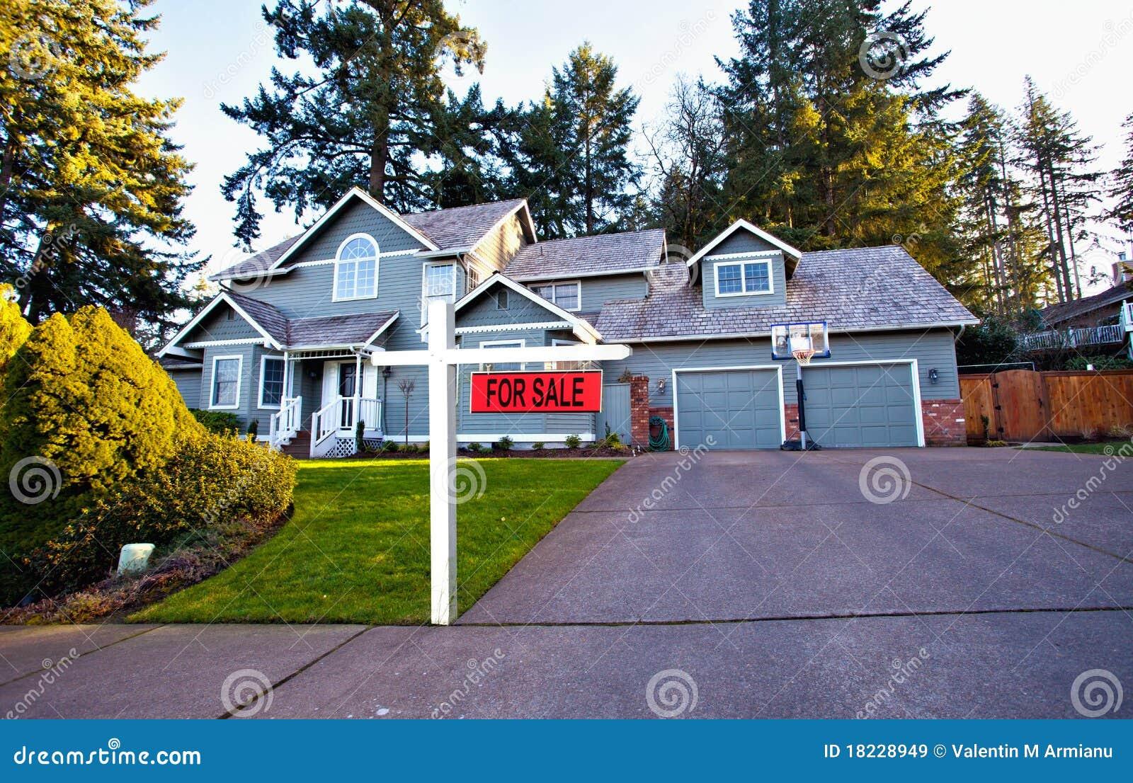 Huis in de voorsteden voor verkoop