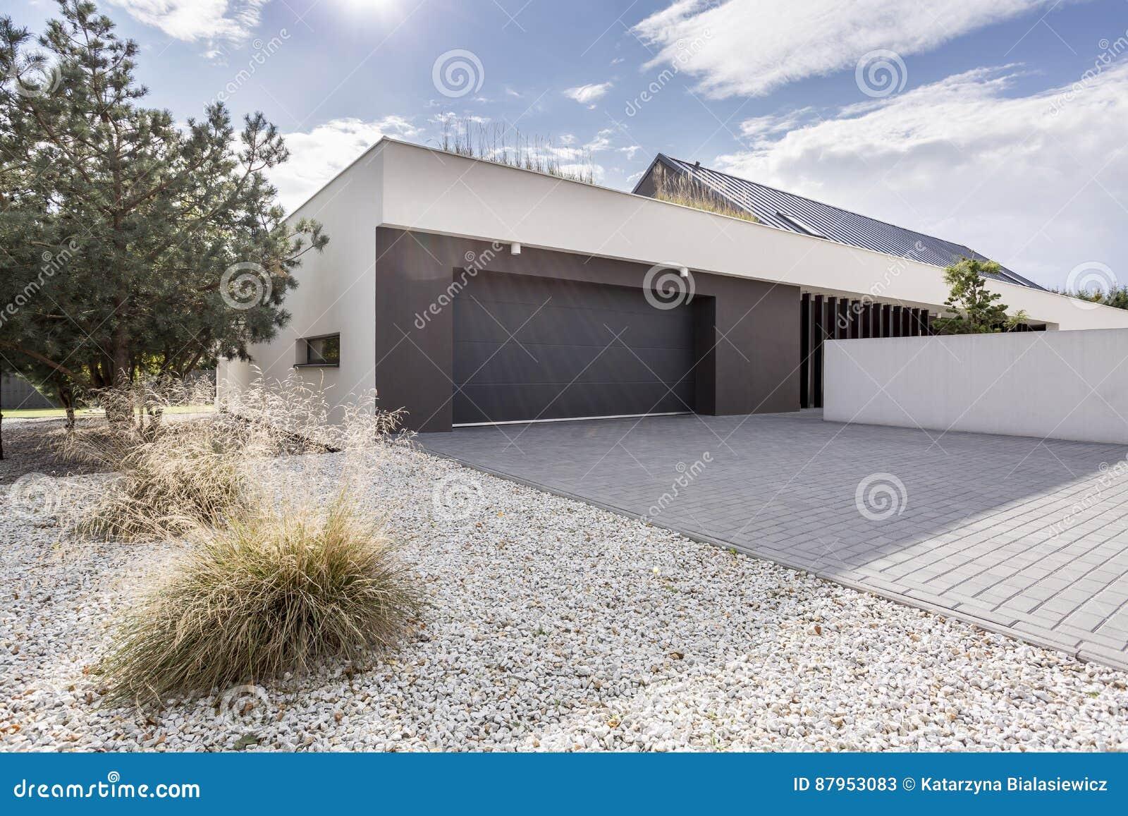 Huis met dubbele garage