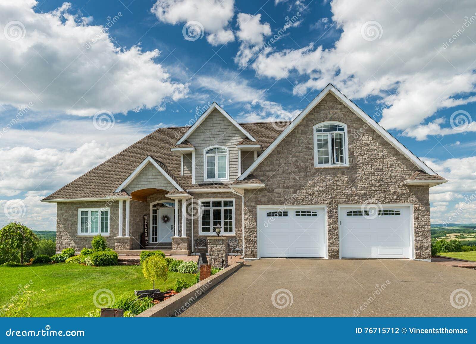 Huis op een heuvel