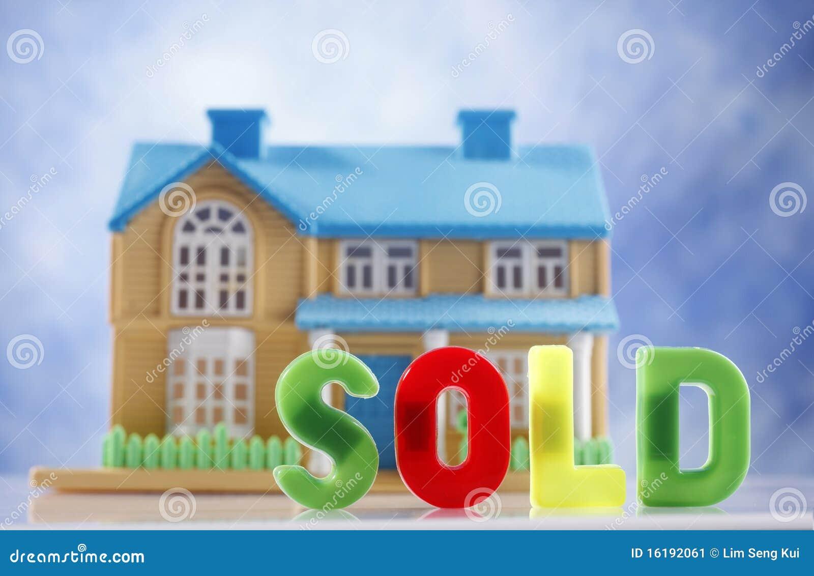 Huis voor verkoop stock afbeelding afbeelding bestaande for Huis aantrekkelijk maken voor verkoop