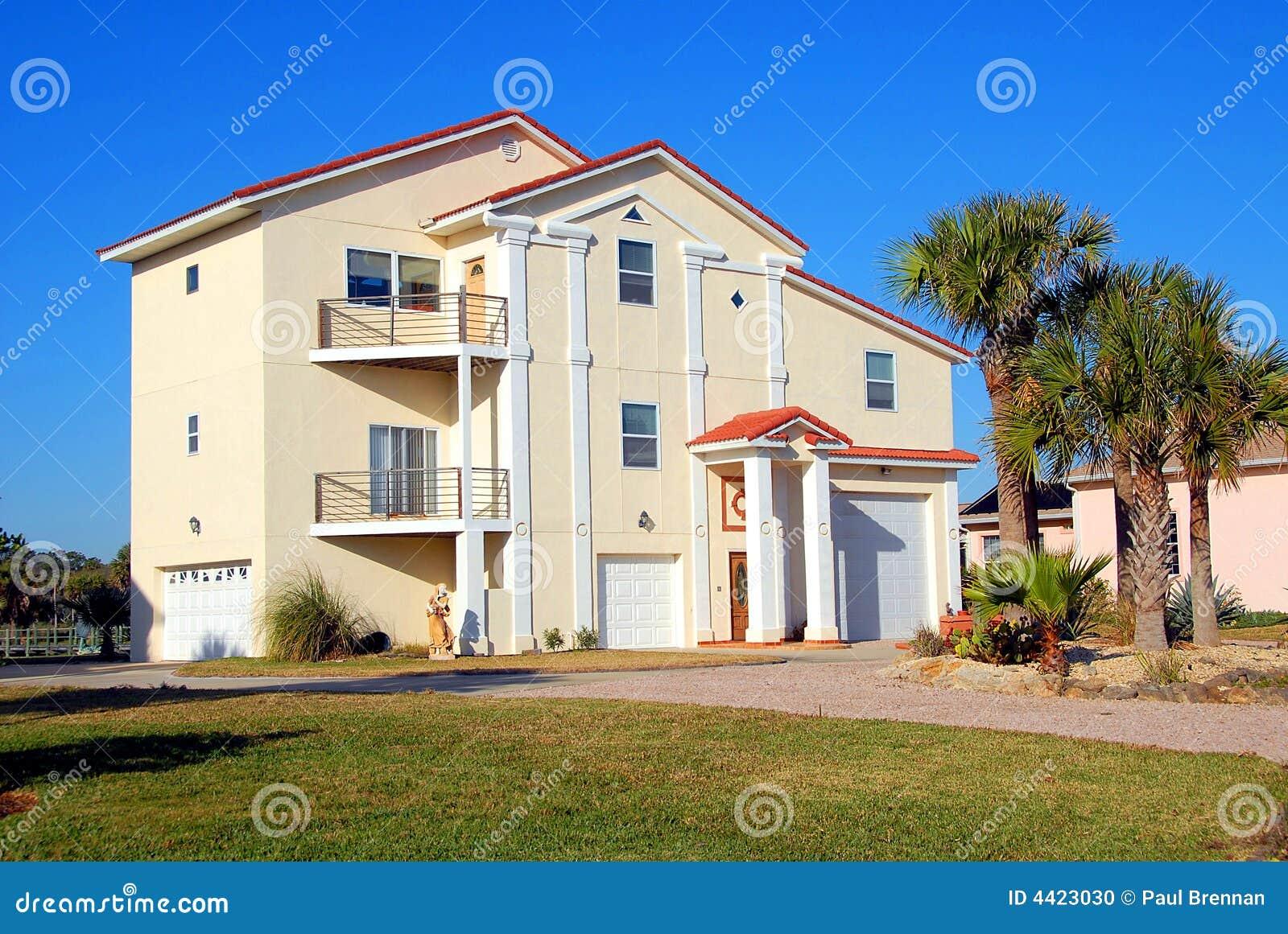 Huis voor verkoop stock foto afbeelding bestaande uit for Huis aantrekkelijk maken voor verkoop