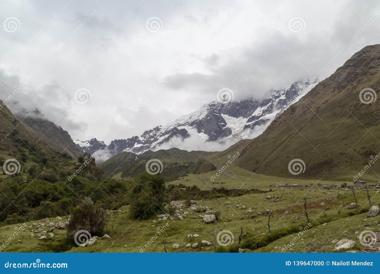 Humantay jezioro na Salkantay wędrówce, Peru, lokalizować w Cordillera Vilcabamba, Cusco