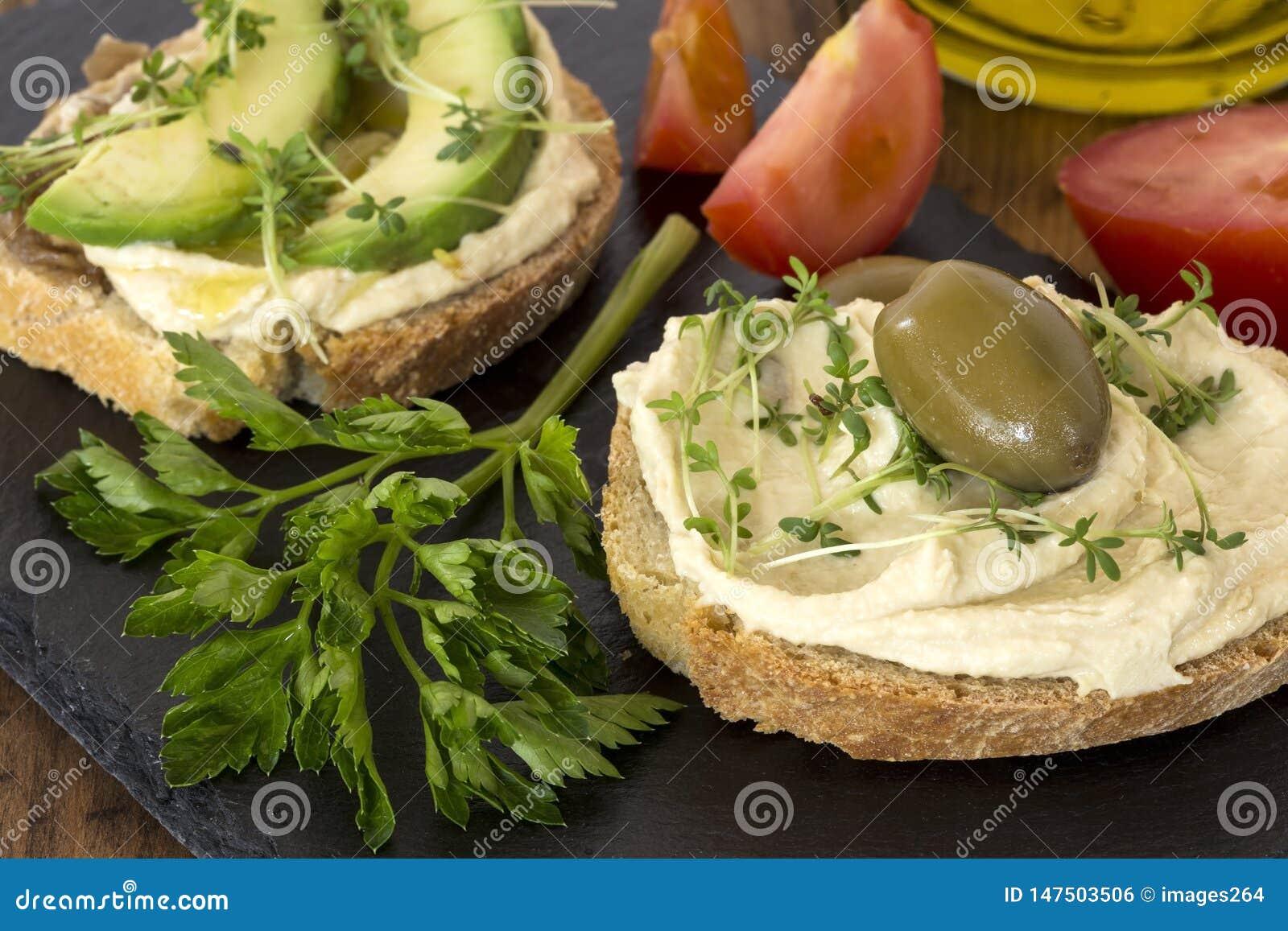 Hummus kanapki