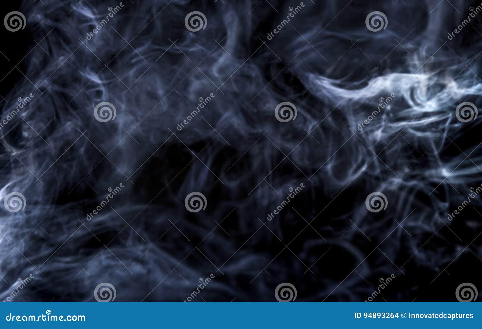 Humo de Vape en fondo negro