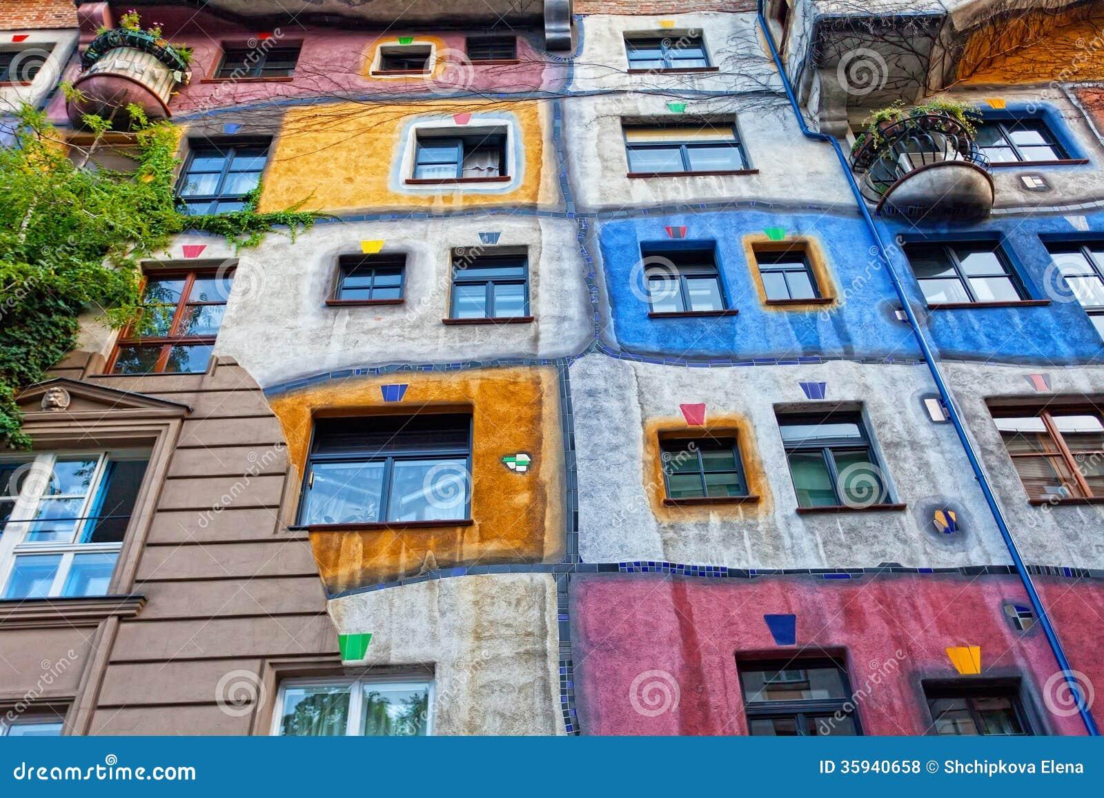 Hundertwasser haus redactionele stock foto afbeelding 35940658 - Expressionistische architectuur ...