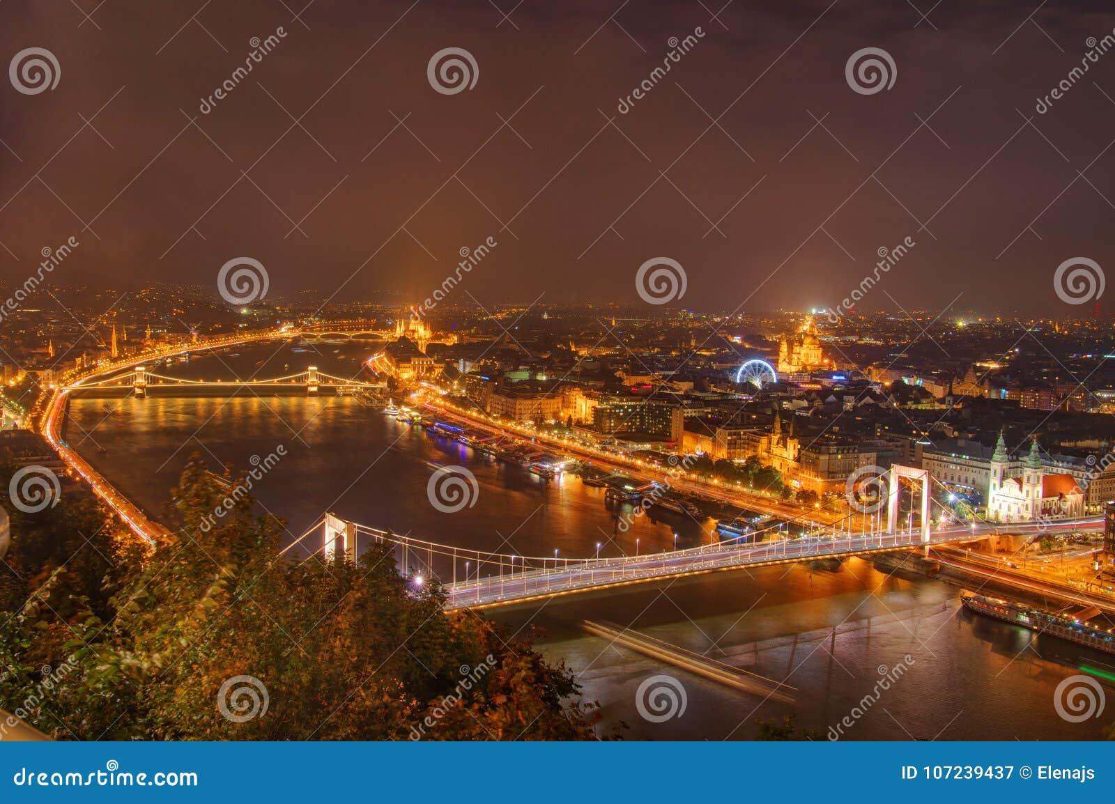 Hungary, Budapest, Danube, Elisabeth Bridge, Chain bridge - night picture