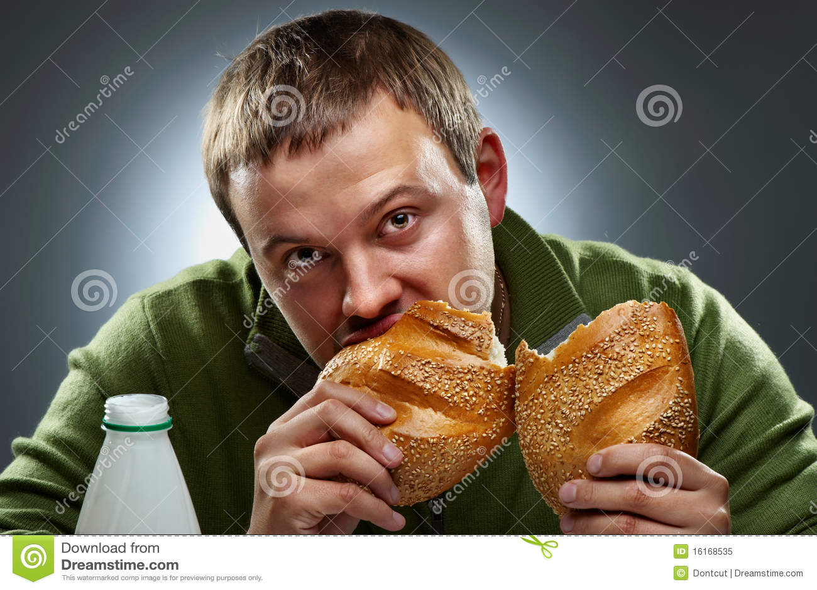Съела хлеб со спермой 12 фотография