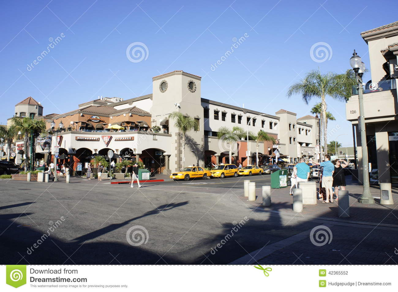 Huntington Beach's Pacific City complex aims to draw ...