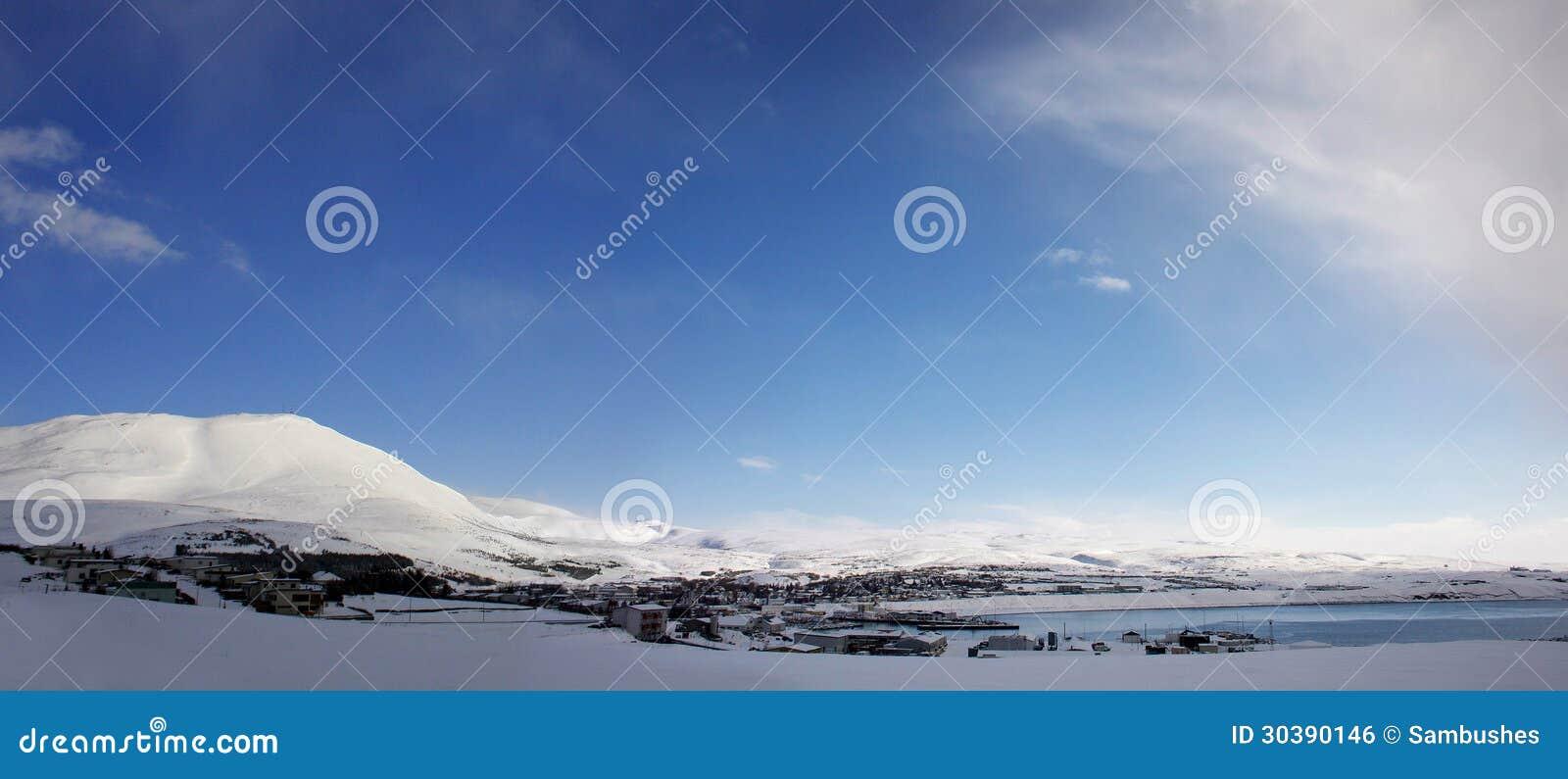 Husavik, Исландия, панорама в зиме
