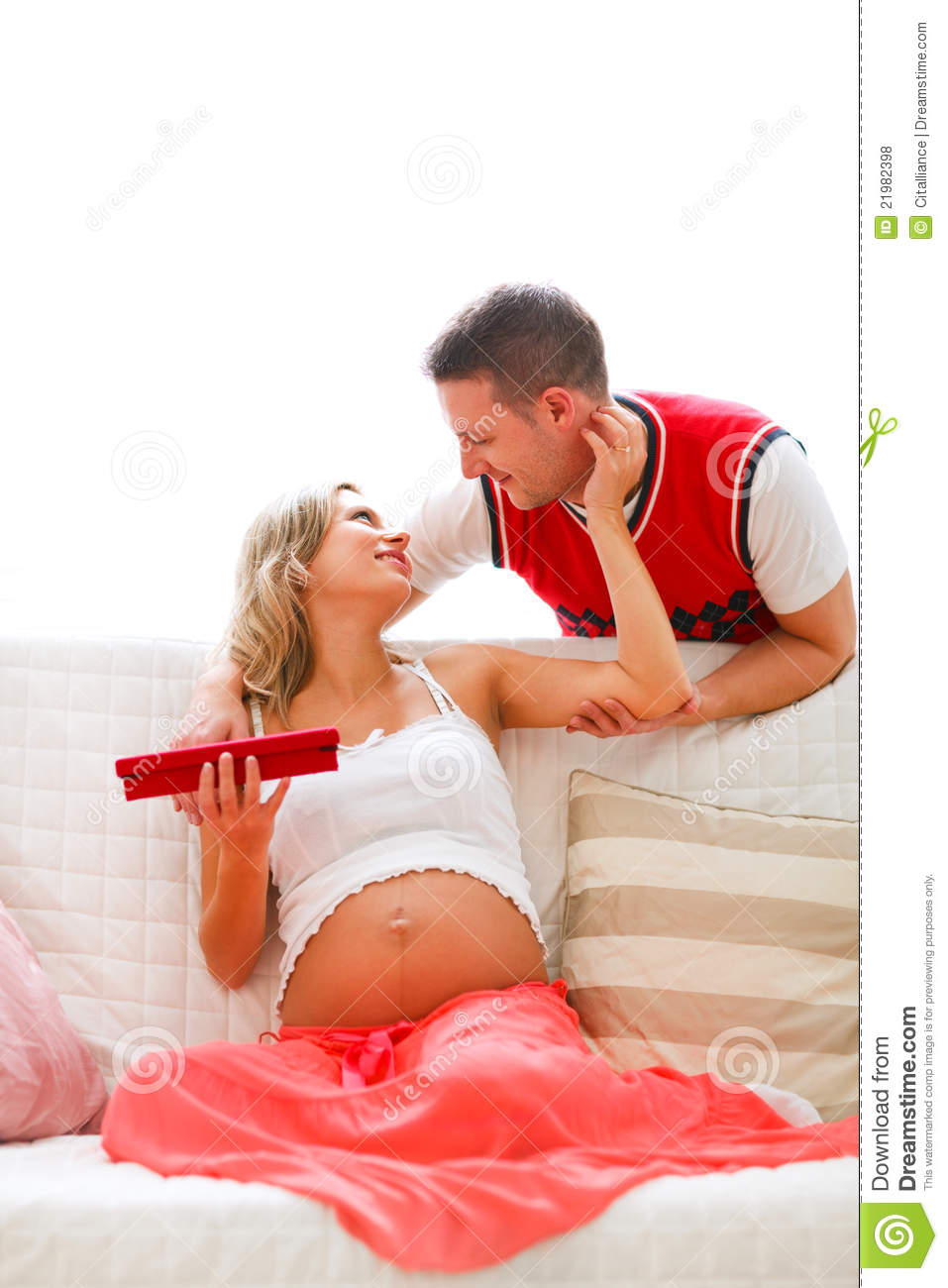 Present For Pregnant Wife 94
